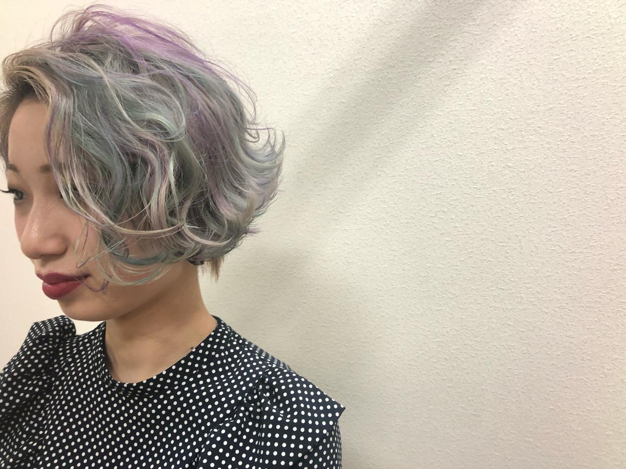 小顔ショート ショート ユニコーンカラー ショートヘア ヘアスタイルや髪型の写真・画像