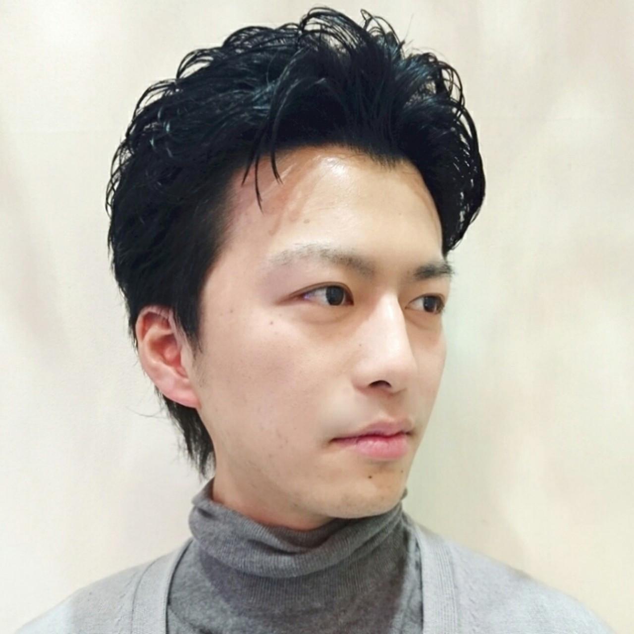 外国人風 ショート メンズ アッシュ ヘアスタイルや髪型の写真・画像