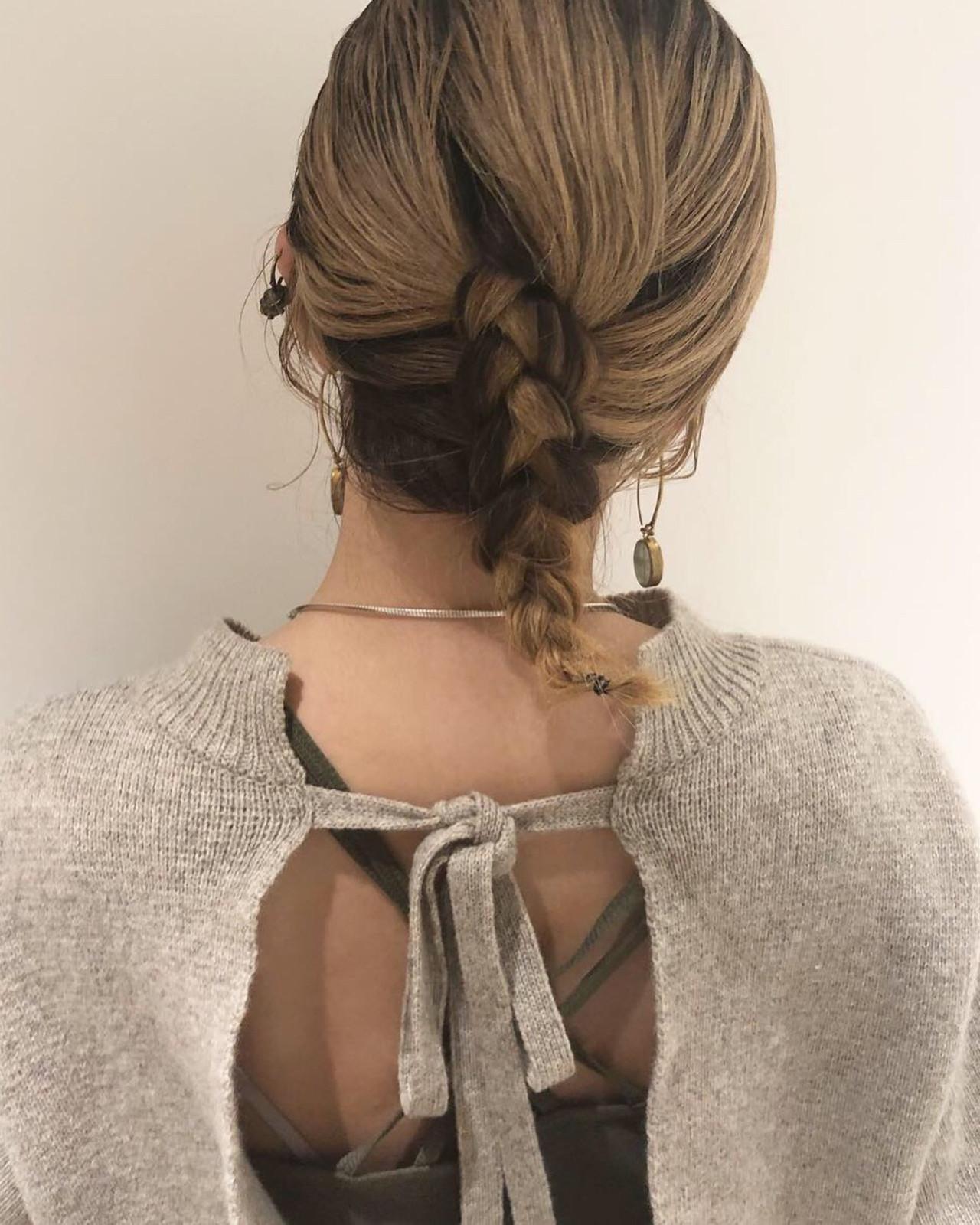 フェミニン オフィス ミディアム ヘアアレンジ ヘアスタイルや髪型の写真・画像