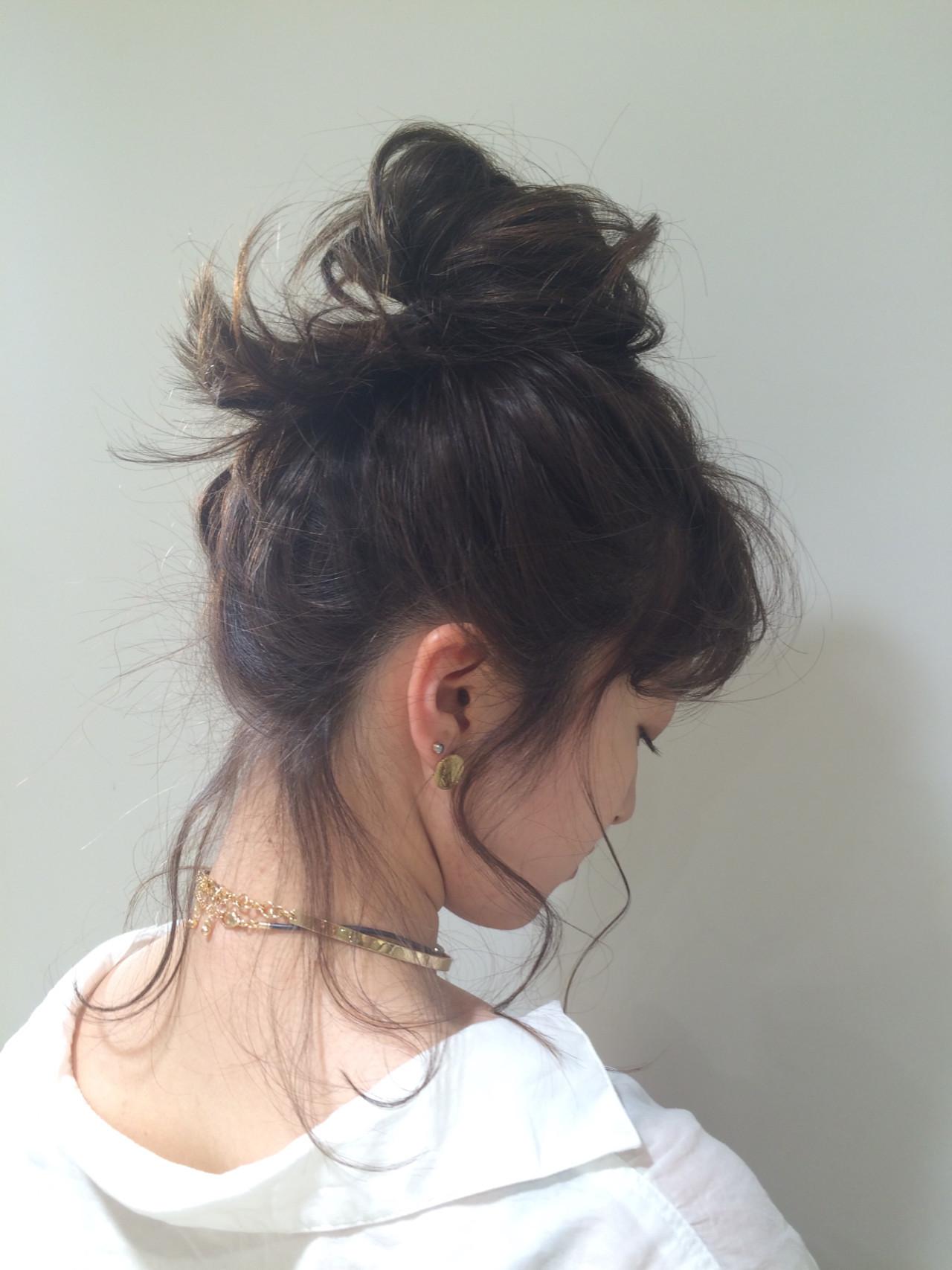 アンニュイほつれヘア ミディアム 簡単ヘアアレンジ オフィス ヘアスタイルや髪型の写真・画像