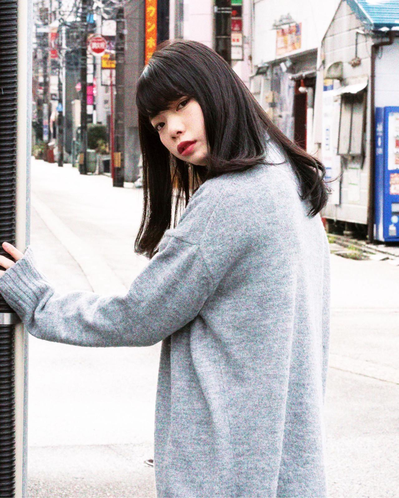 モードにキメて☆厚め前髪の黒髪ストレートロング shohei nishimori
