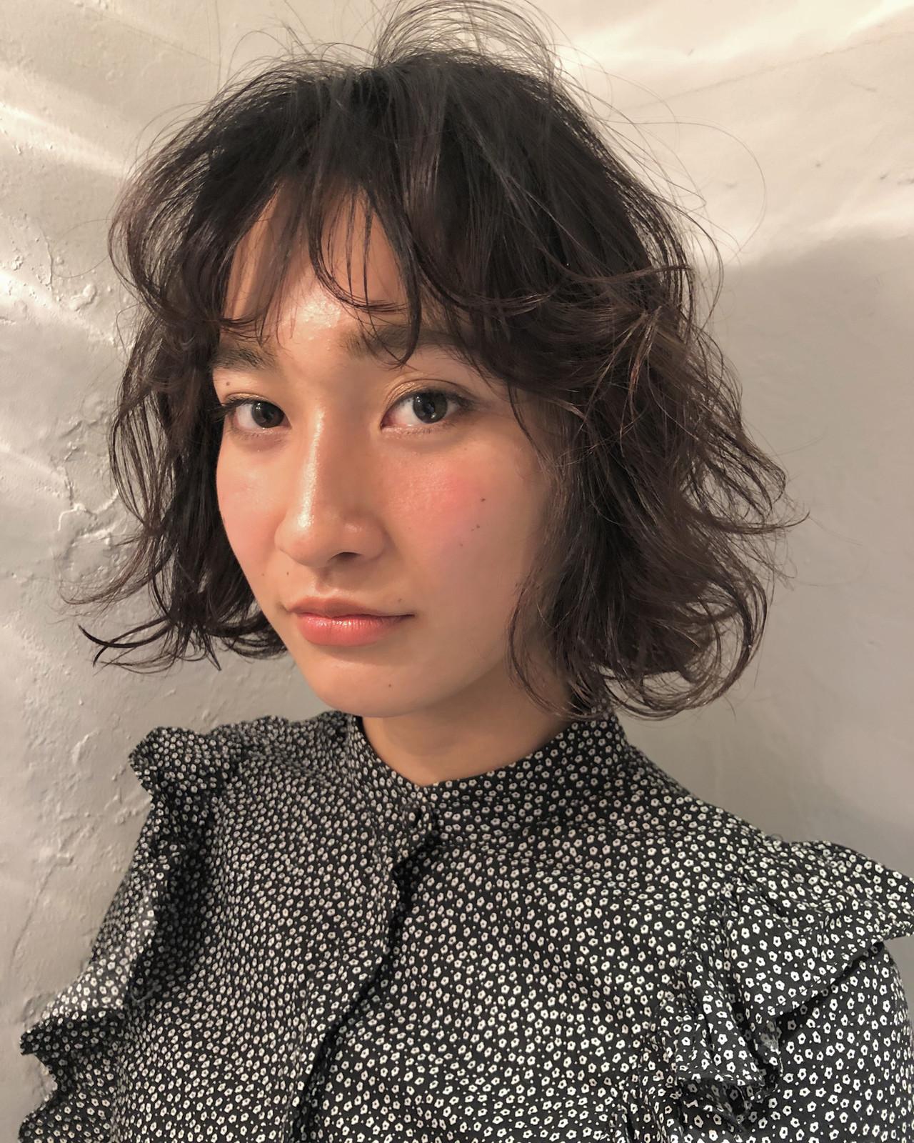 フェミニン ボブ 抜け感 シースルーバング ヘアスタイルや髪型の写真・画像