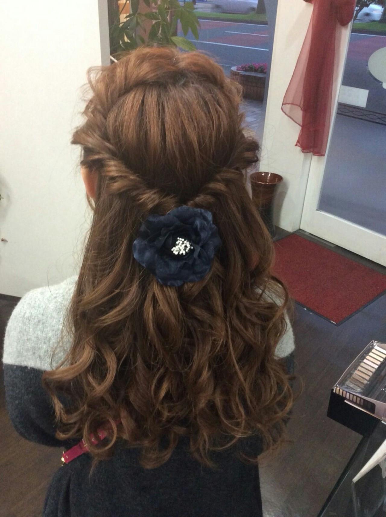 ヘアアレンジ ナチュラル ロープ編みアレンジヘア ロング ヘアスタイルや髪型の写真・画像