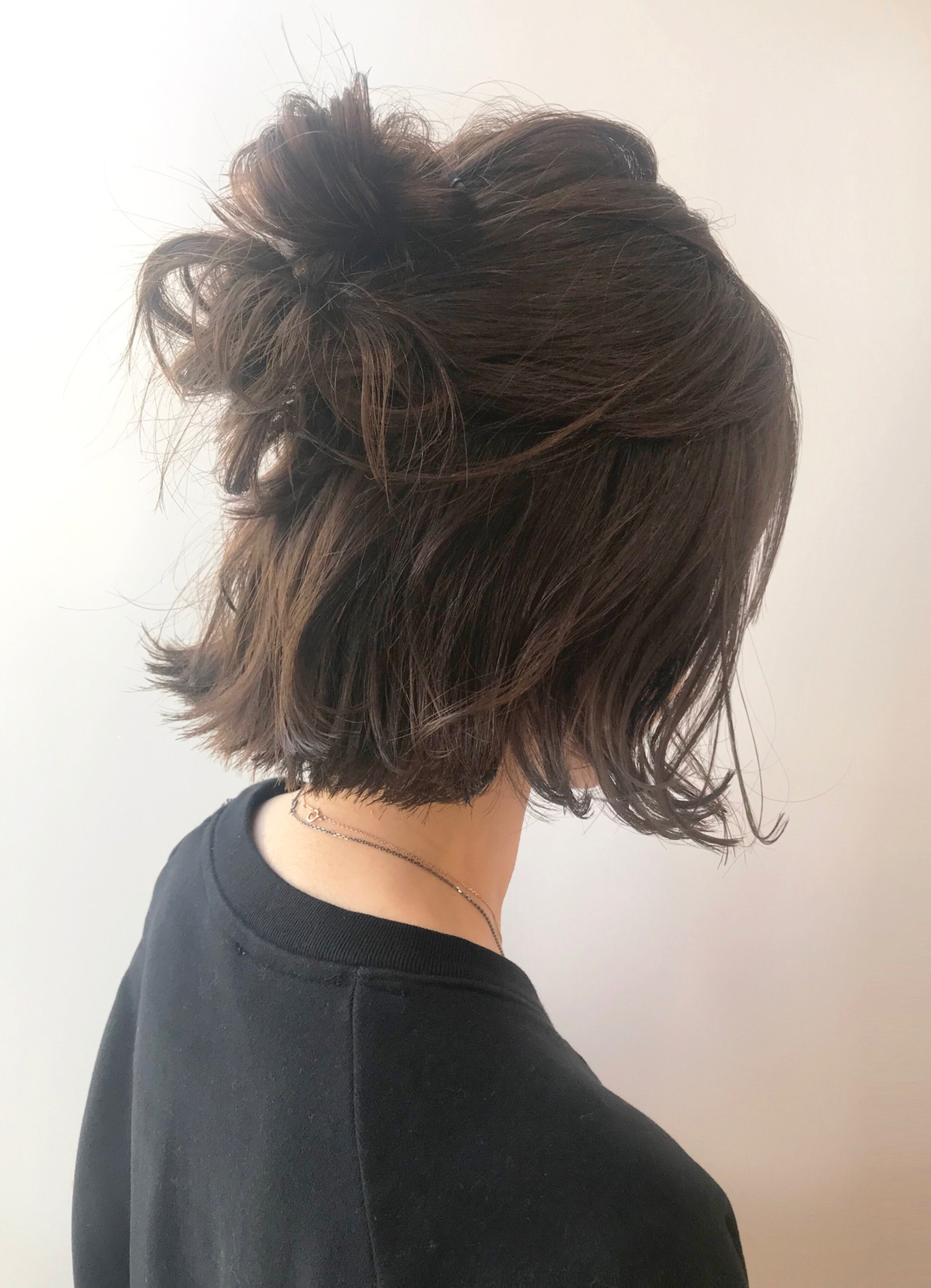 アンニュイほつれヘア 大人可愛い 簡単ヘアアレンジ ヘアアレンジ ヘアスタイルや髪型の写真・画像