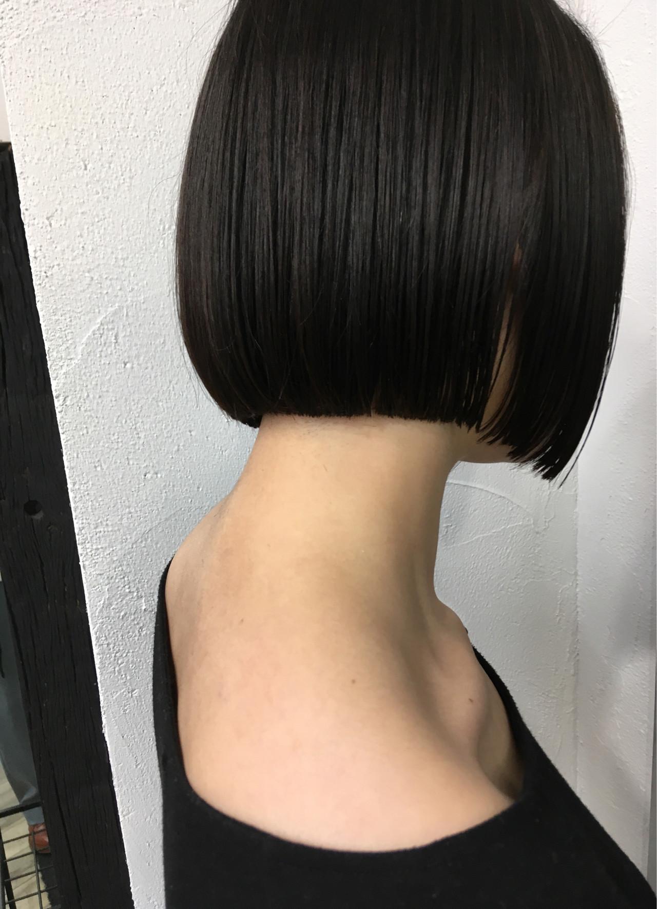 切りっぱなしボブ ボブ 黒髪ショート 黒髪 ヘアスタイルや髪型の写真・画像