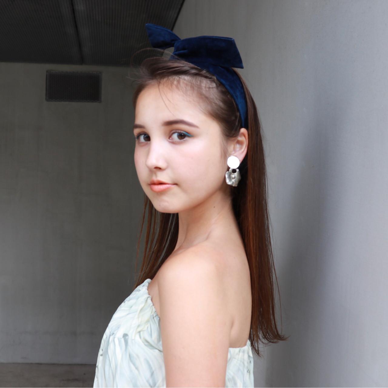 簡単 簡単ヘアアレンジ ヘアアレンジ ストレート ヘアスタイルや髪型の写真・画像