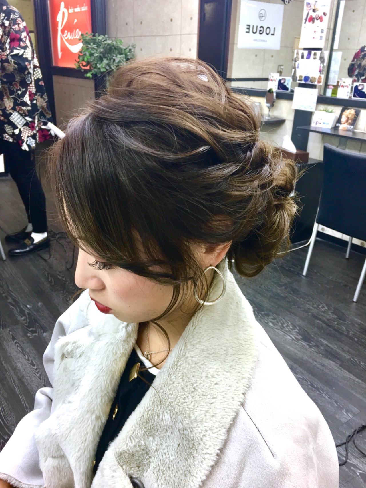 オフィス髪も簡単に!編み込みで作るまとめ髪ヘア Shinji