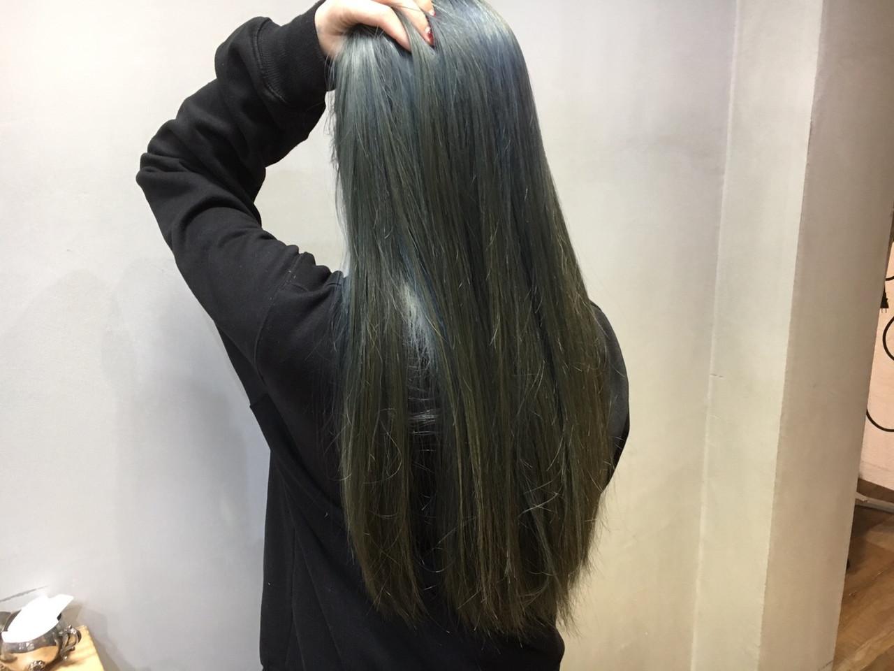 インナーカラーグレージュ ストリート ラベンダーグレージュ グレージュ ヘアスタイルや髪型の写真・画像