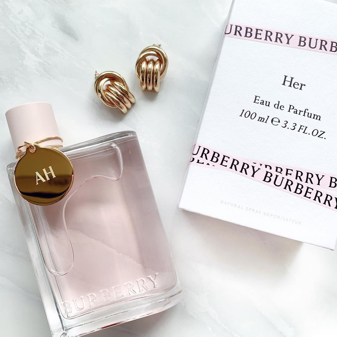 リラックス効果のある香りをまとって☆夜につける香水3選
