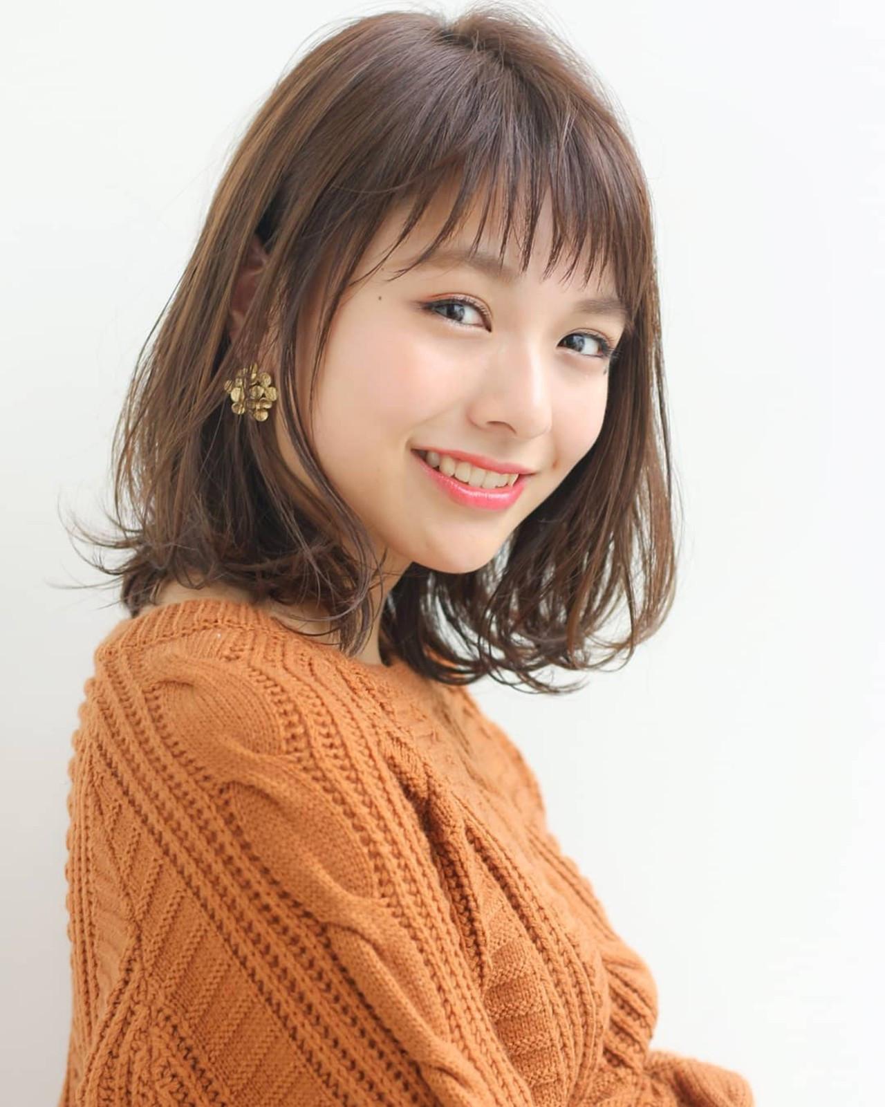 ミディアム モテ髪 アンニュイほつれヘア 外ハネ ヘアスタイルや髪型の写真・画像