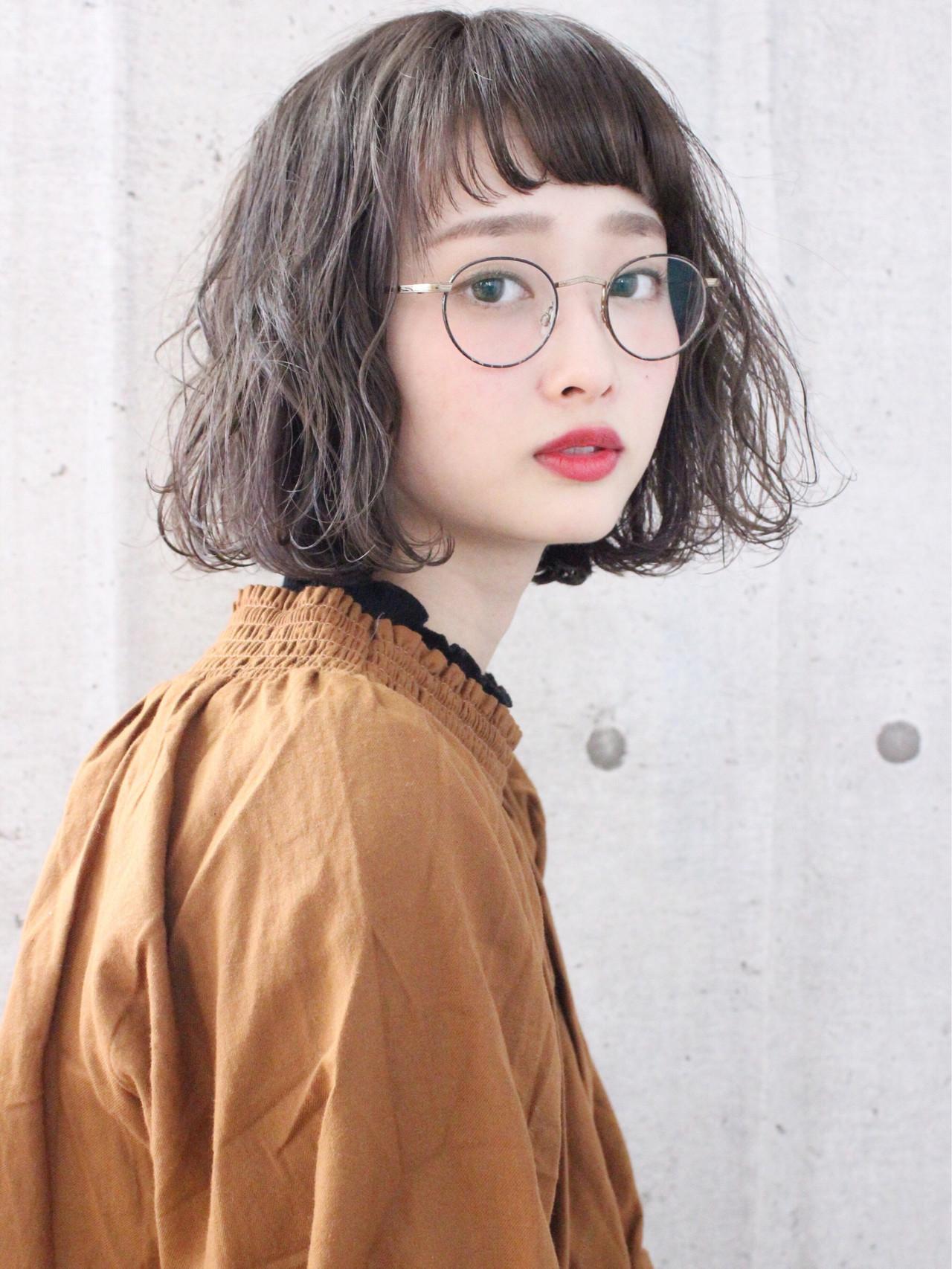 アンニュイほつれヘア 外国人風 パーマ アッシュベージュ ヘアスタイルや髪型の写真・画像