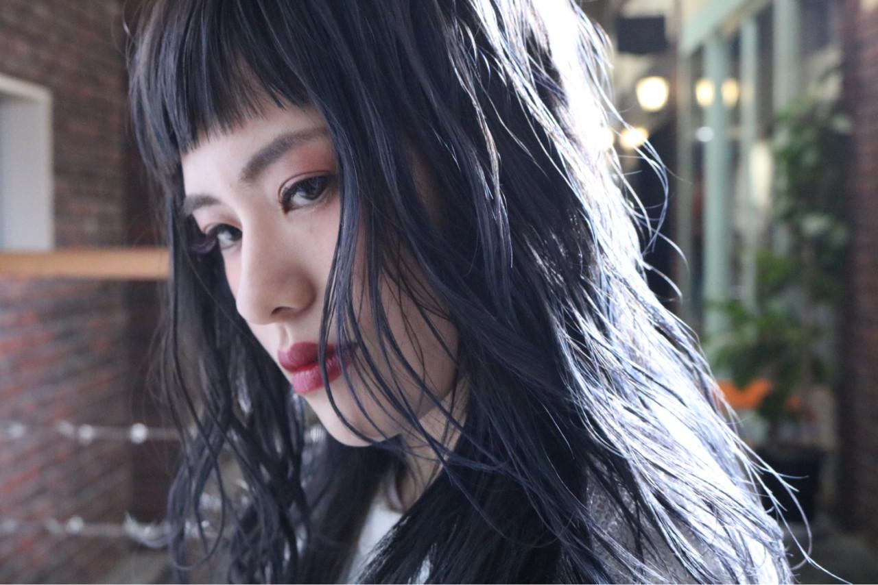 ぱっつん前髪で横ラインを強調して 中村明俊 / ooit