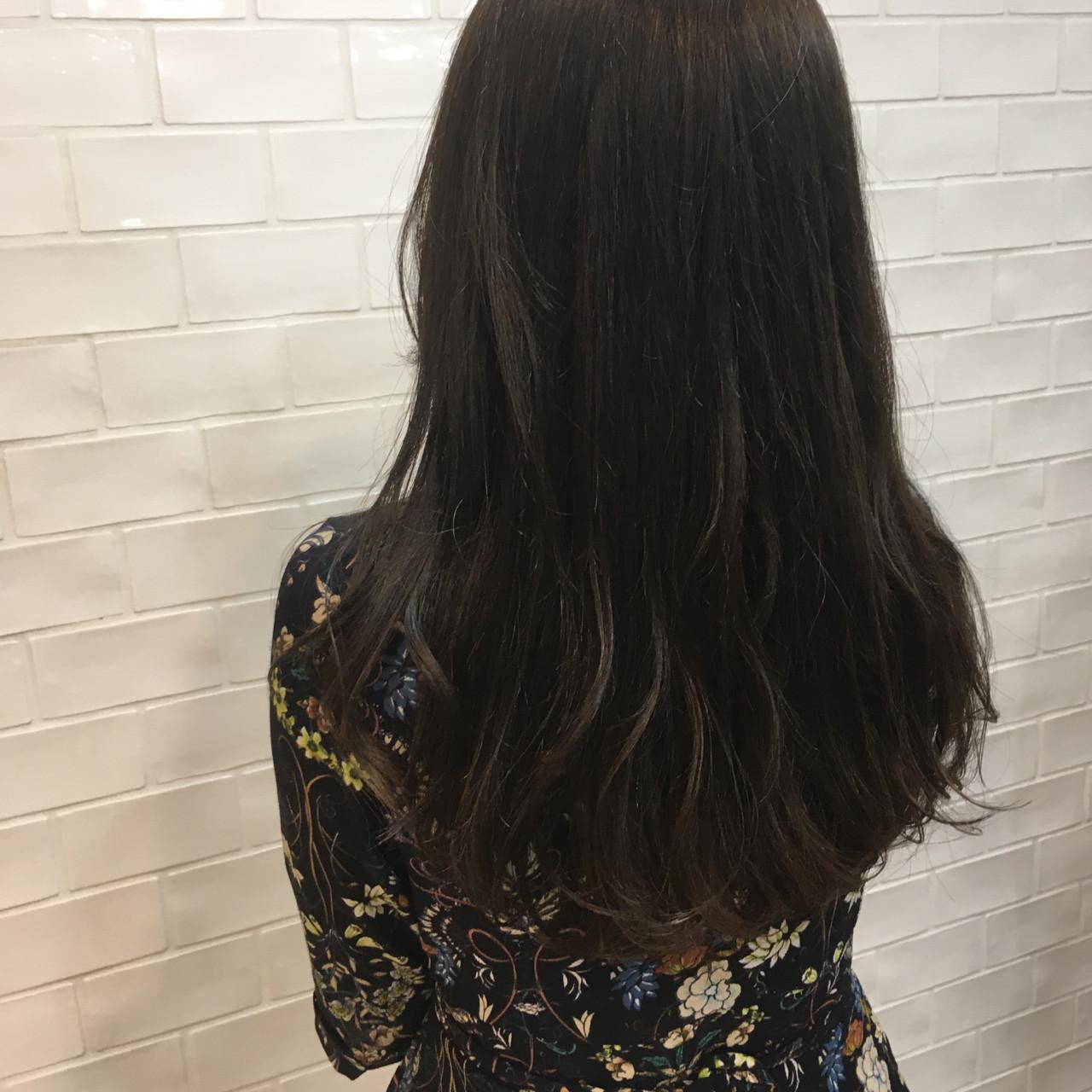 ガーリー マット ワンカール ロング ヘアスタイルや髪型の写真・画像