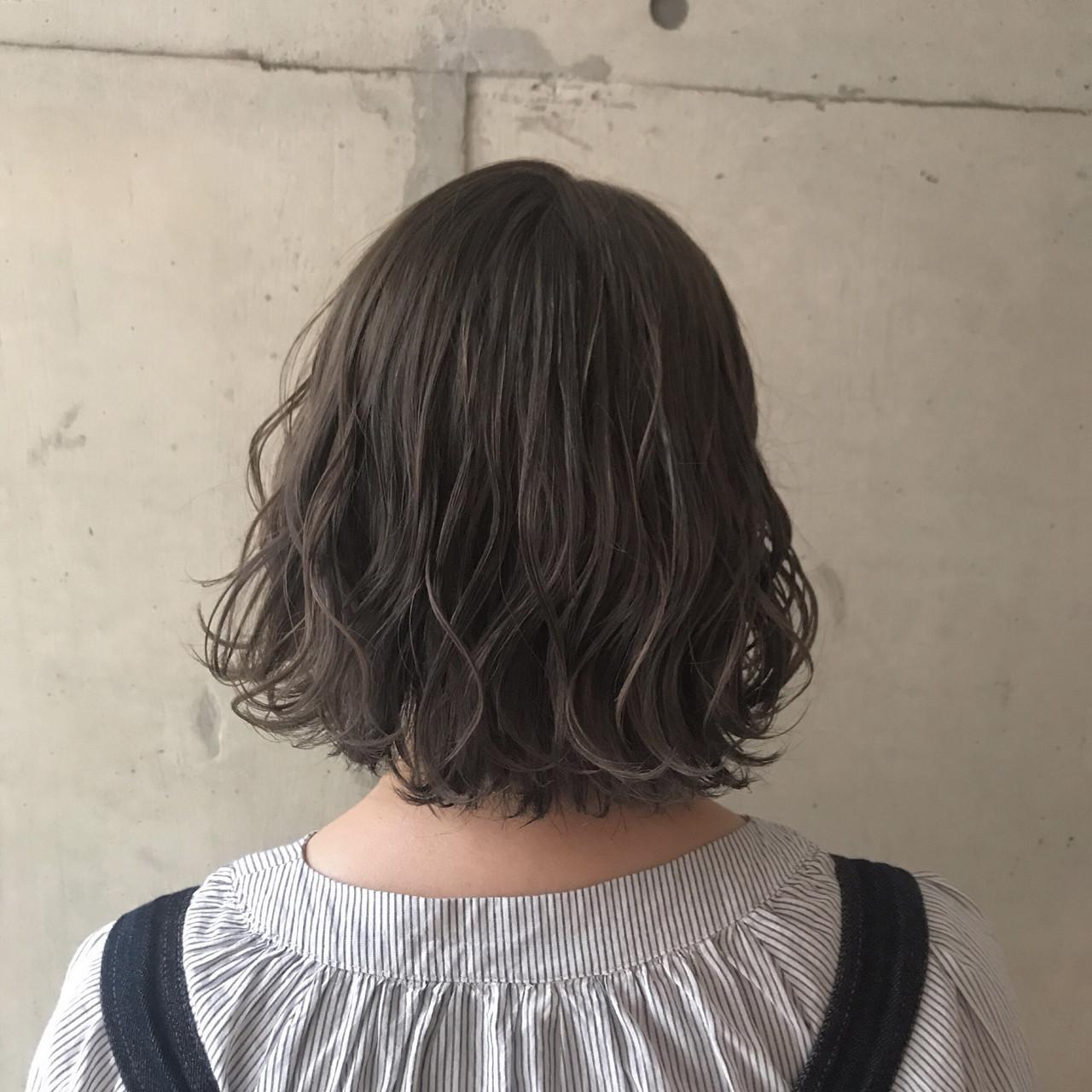 ウェーブ ドライフラワー ナチュラル ボブ ヘアスタイルや髪型の写真・画像