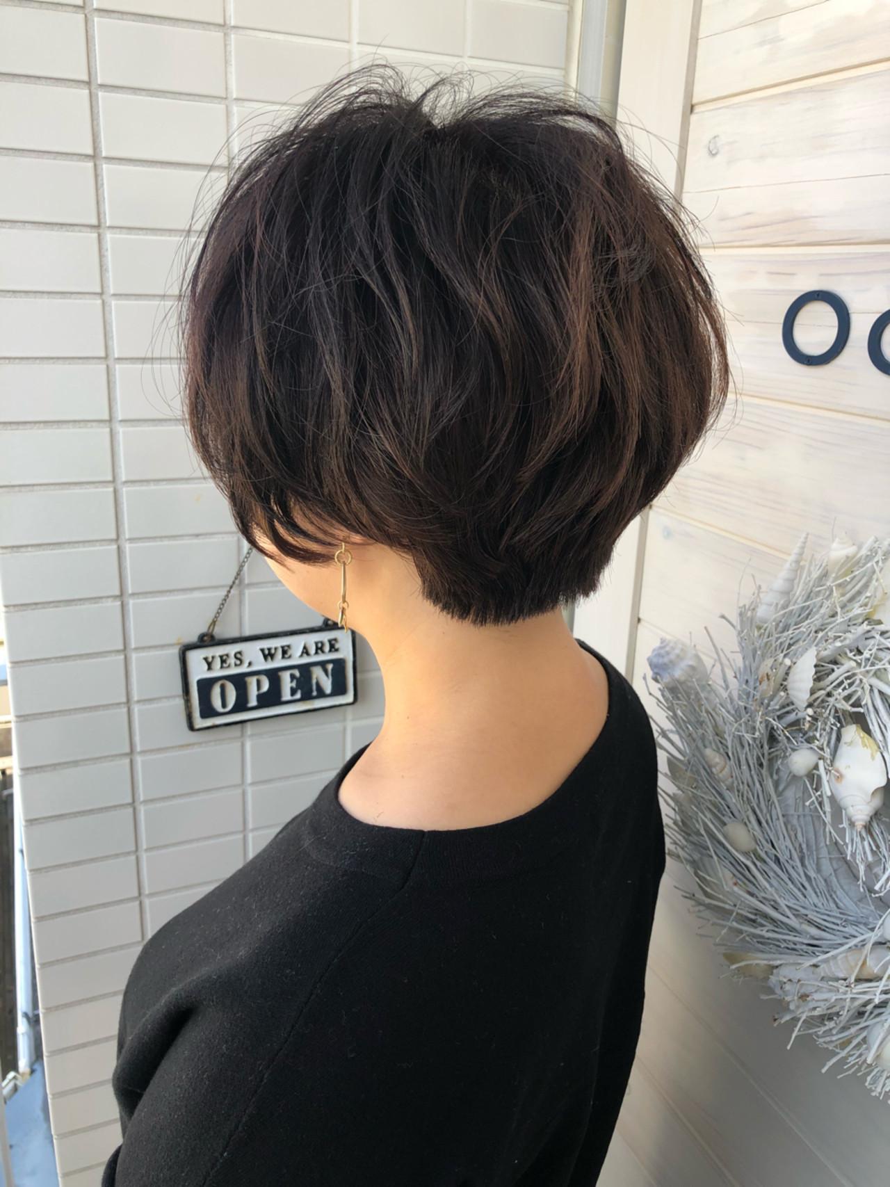 ショート 上品 デジタルパーマ 小顔 ヘアスタイルや髪型の写真・画像
