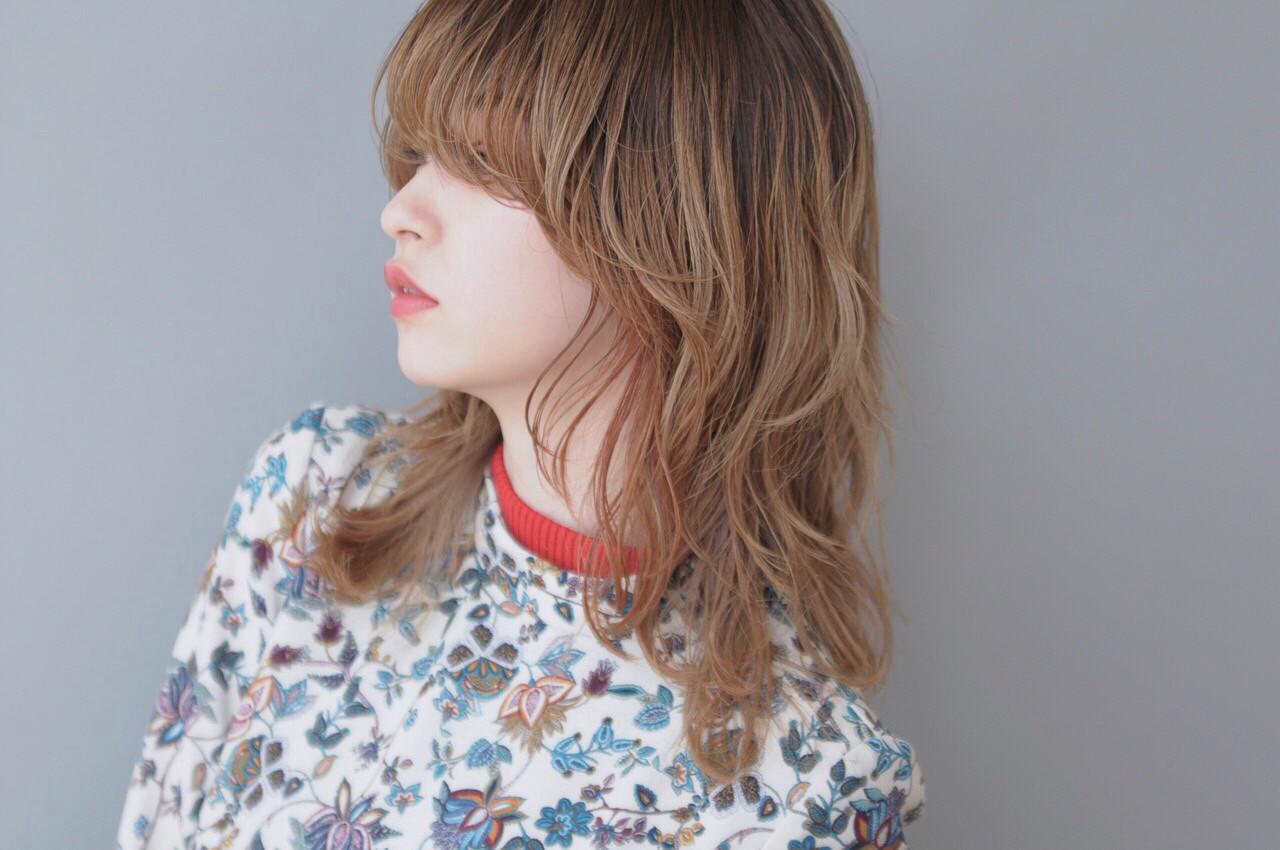 マッシュ ミディアム モード 外ハネ ヘアスタイルや髪型の写真・画像