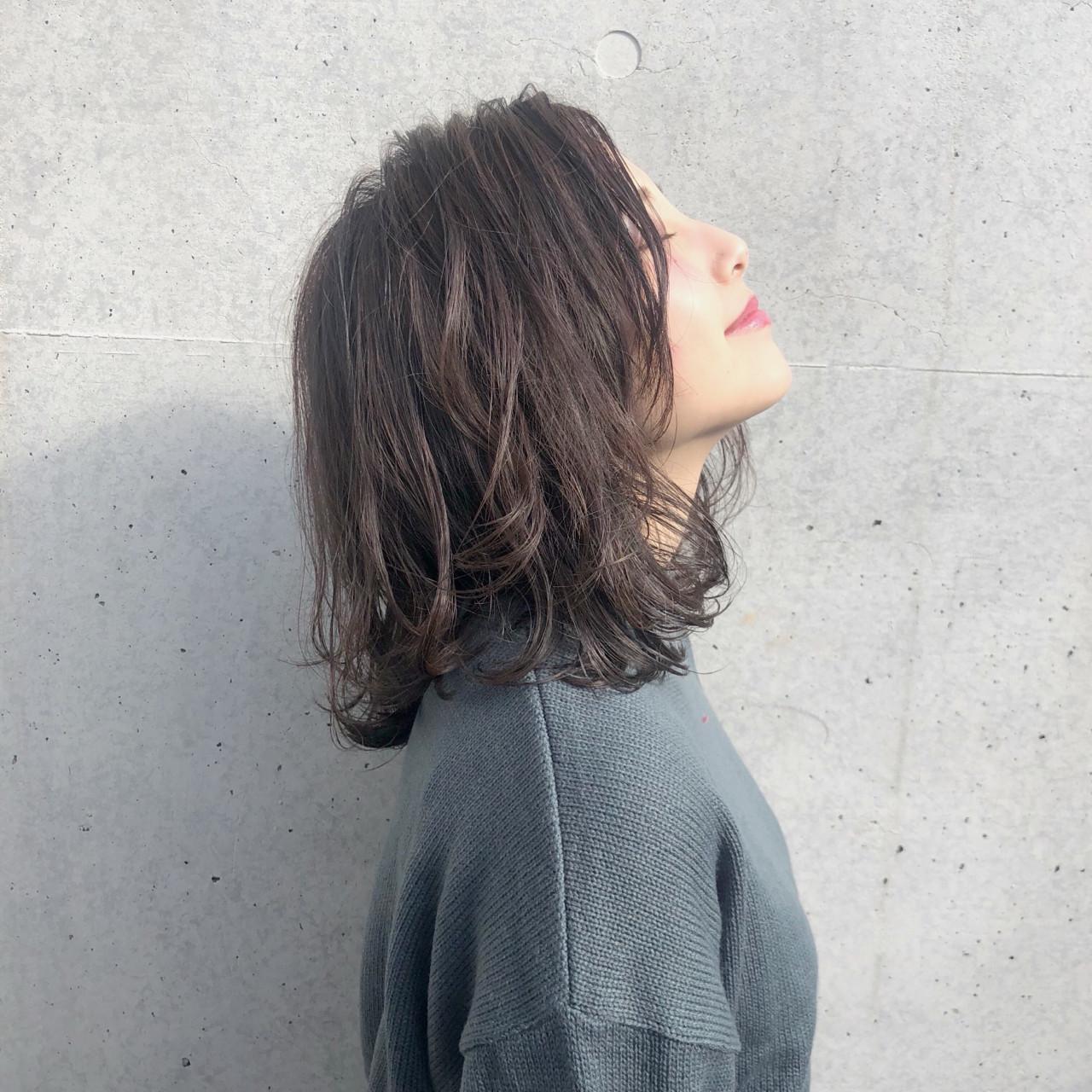 ブルージュ ミディアム 冬 可愛い ヘアスタイルや髪型の写真・画像