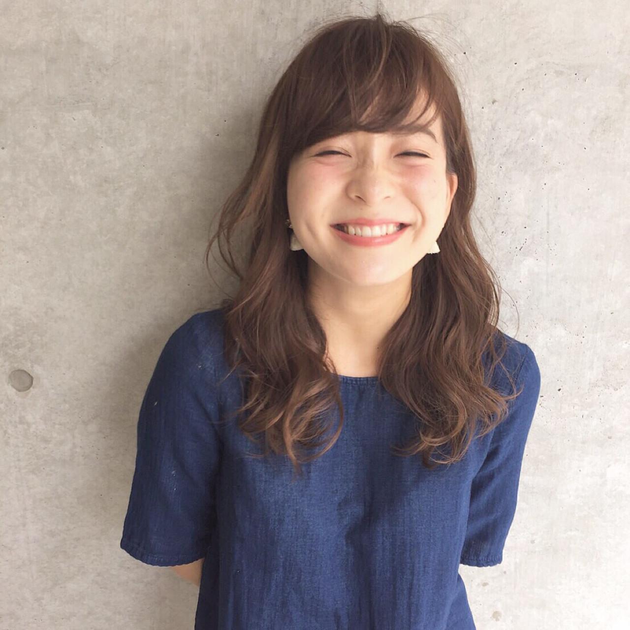 丸顔さん似合わせのゆるふわウェーブヘア 前田賢太 HOULe 表参道