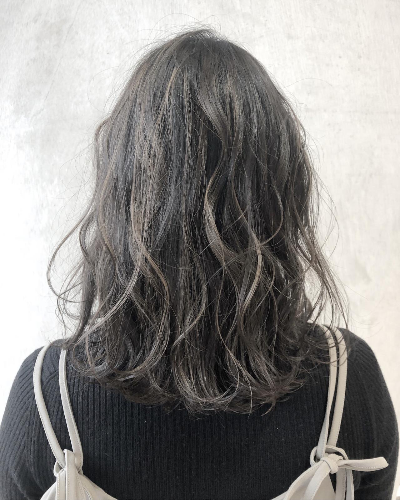 ブリーチありでつくる透明感満点髪色♡ 松本 忠晴