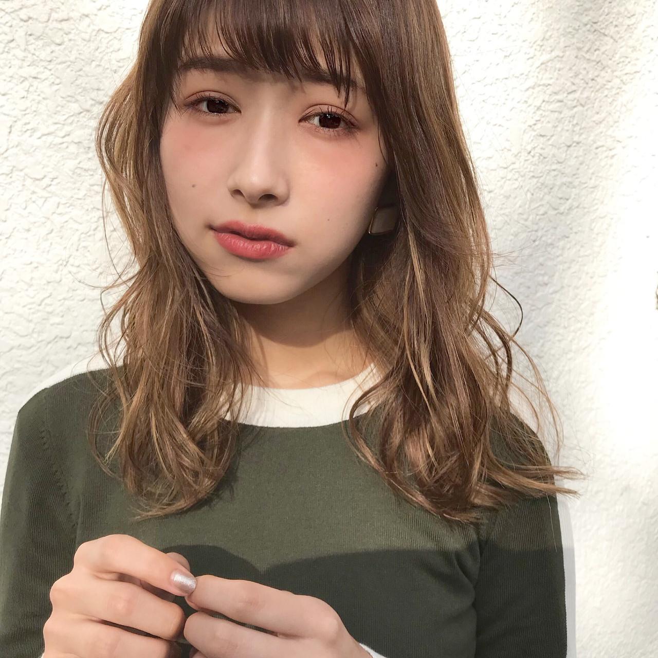 王道の愛されヘア!ゆる巻きミディ 伊藤愛子 GARDEN