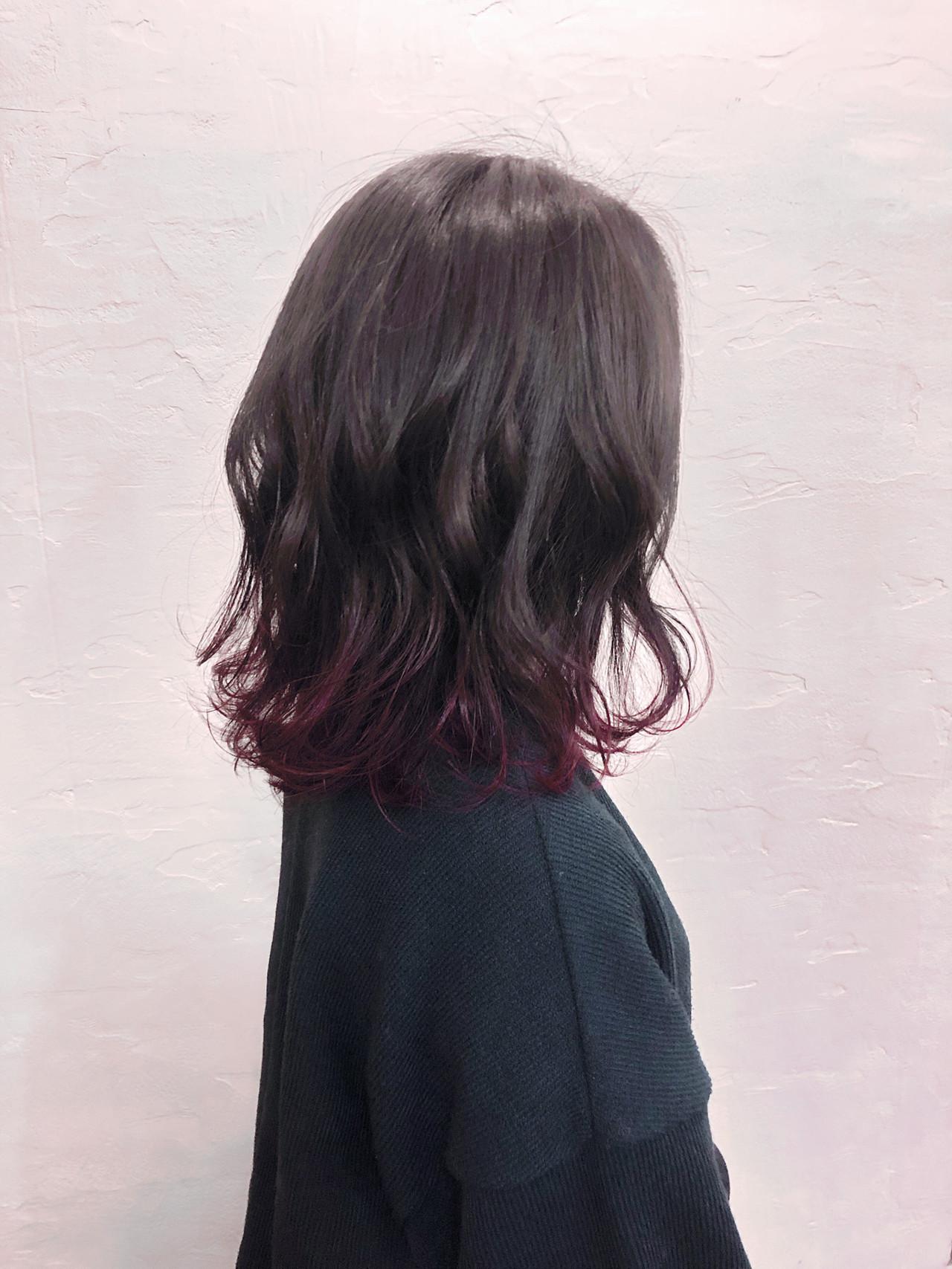 黒髪に毛先のピンクバイオレットの組み合わせが新鮮! ウエスギ ハルカAn hue.
