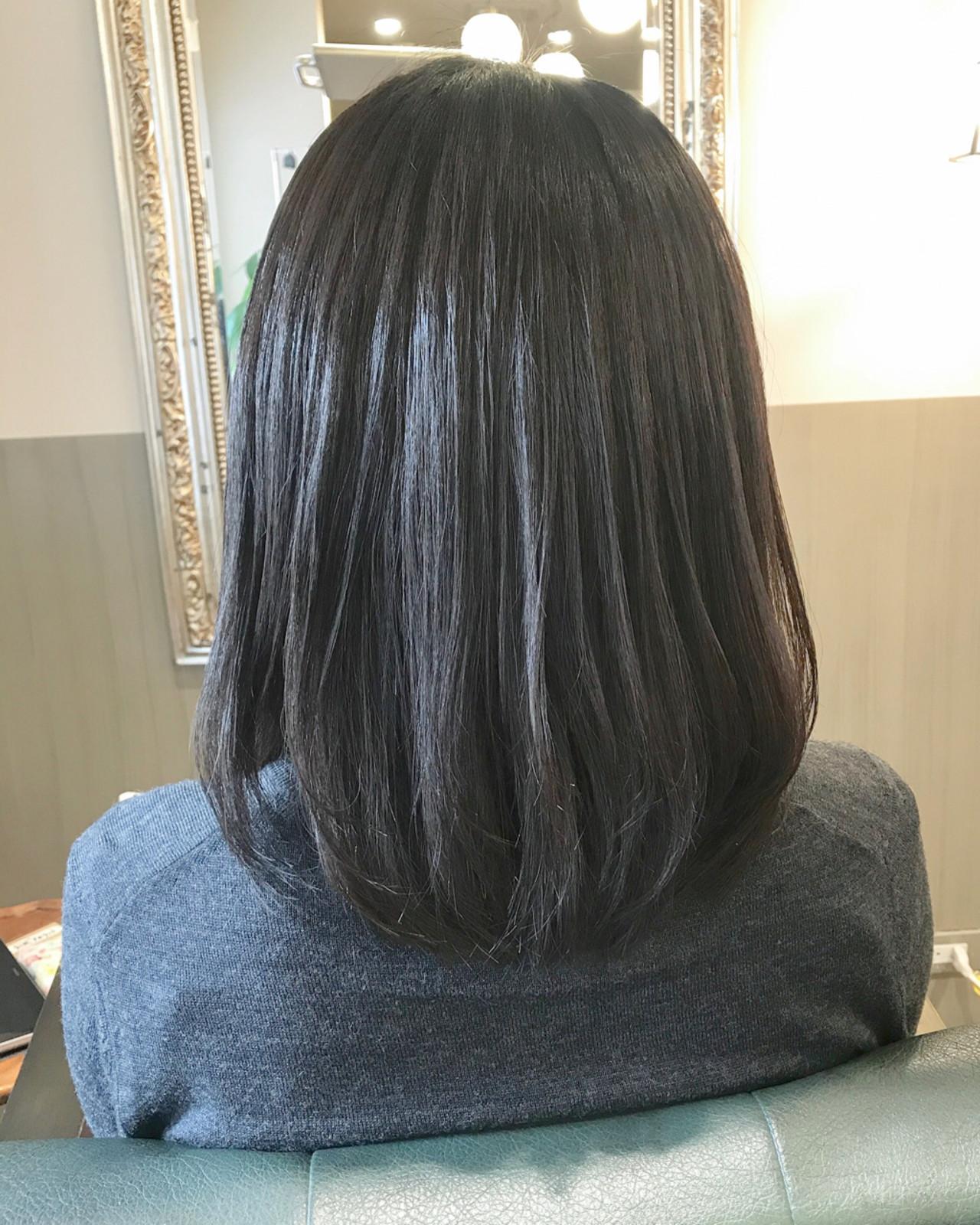 黒髪×アッシュでマットな質感 伊藤絵里子