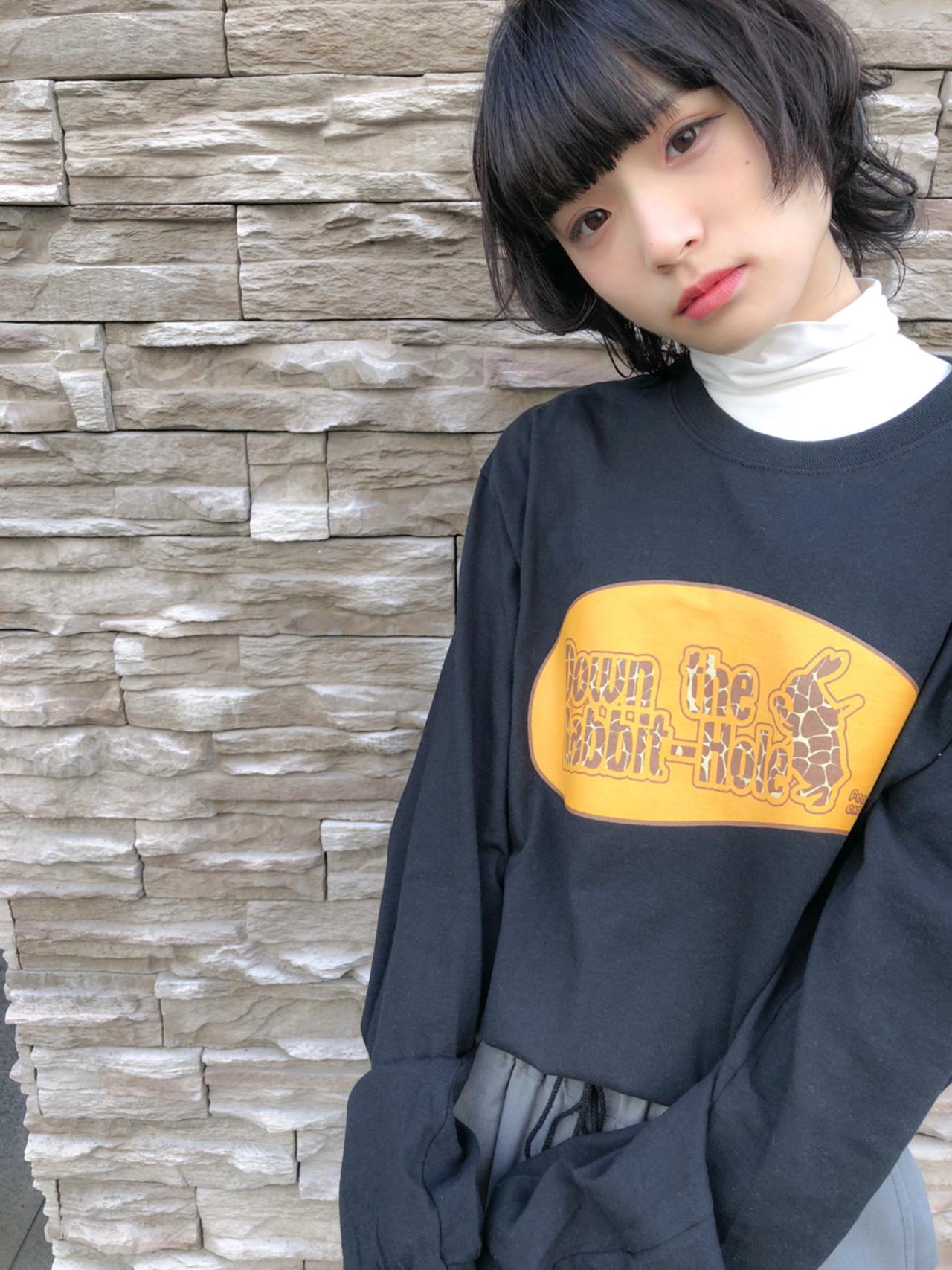 外ハネ ショート ベリーショート ウルフカット ヘアスタイルや髪型の写真・画像
