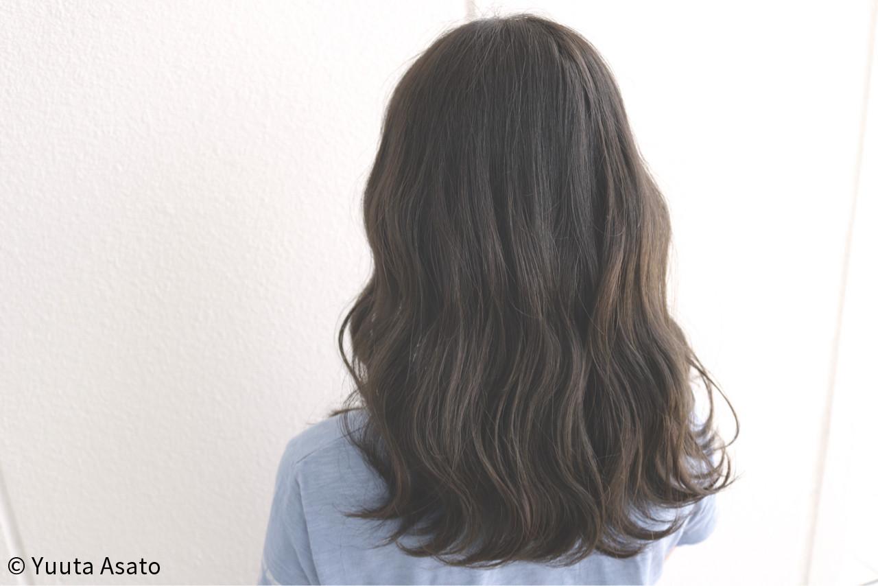 アッシュブラウン エアリー ストリート 外国人風 ヘアスタイルや髪型の写真・画像