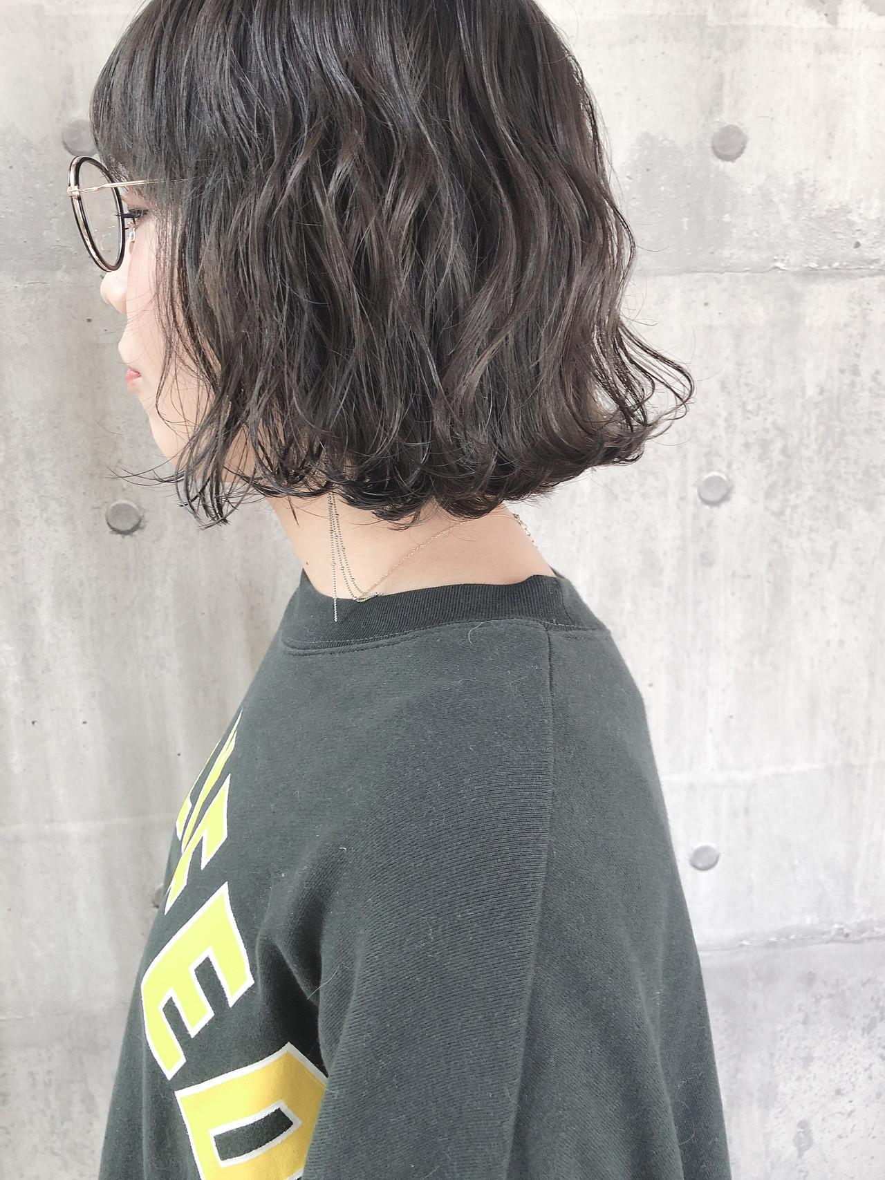 ヘアアレンジ ボブ アッシュベージュ アンニュイほつれヘア ヘアスタイルや髪型の写真・画像