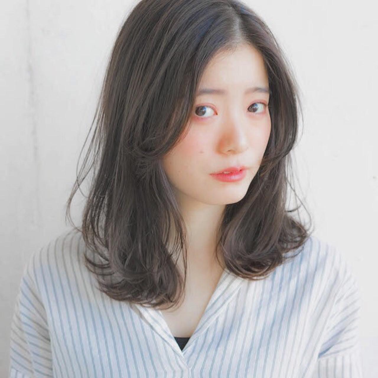 センターパートの優しげヘア 竹澤 優/relian銀座Top stylist