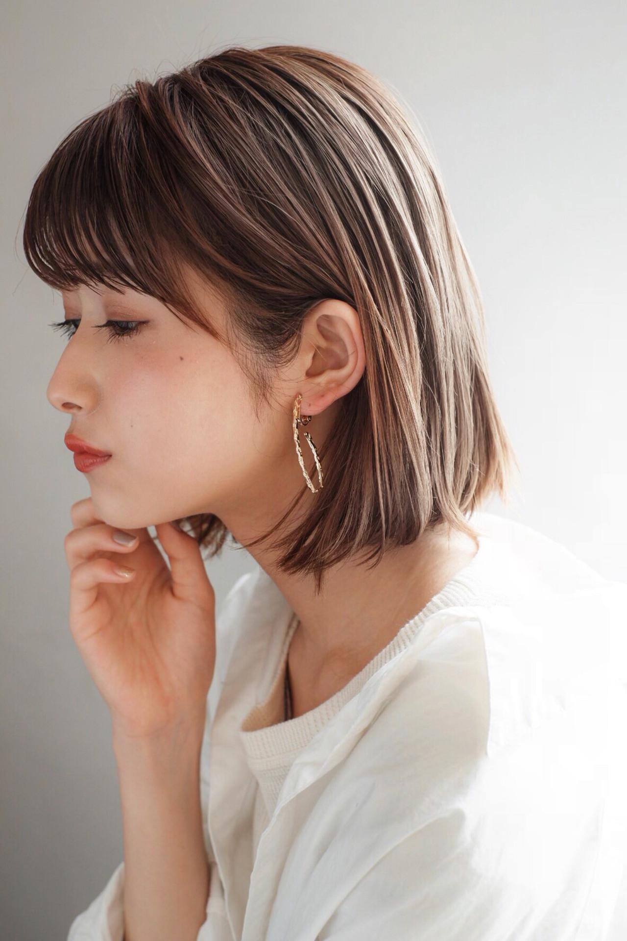 外ハネ 大人かわいい フェミニン ヘアアレンジ ヘアスタイルや髪型の写真・画像
