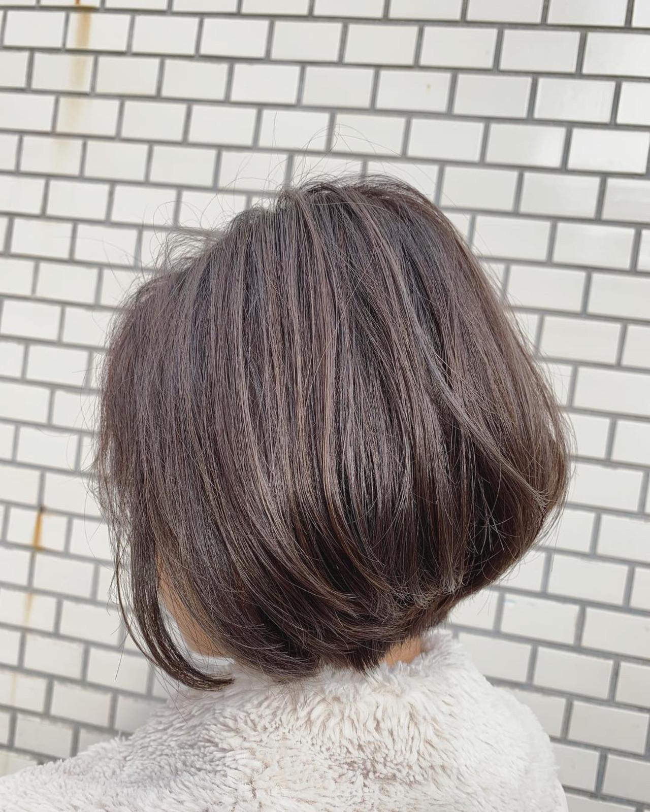 ヌーディーベージュの前下がりボブ 韓国ヘア/髪質改善/切りっぱなしボブ 谷辻 誠志