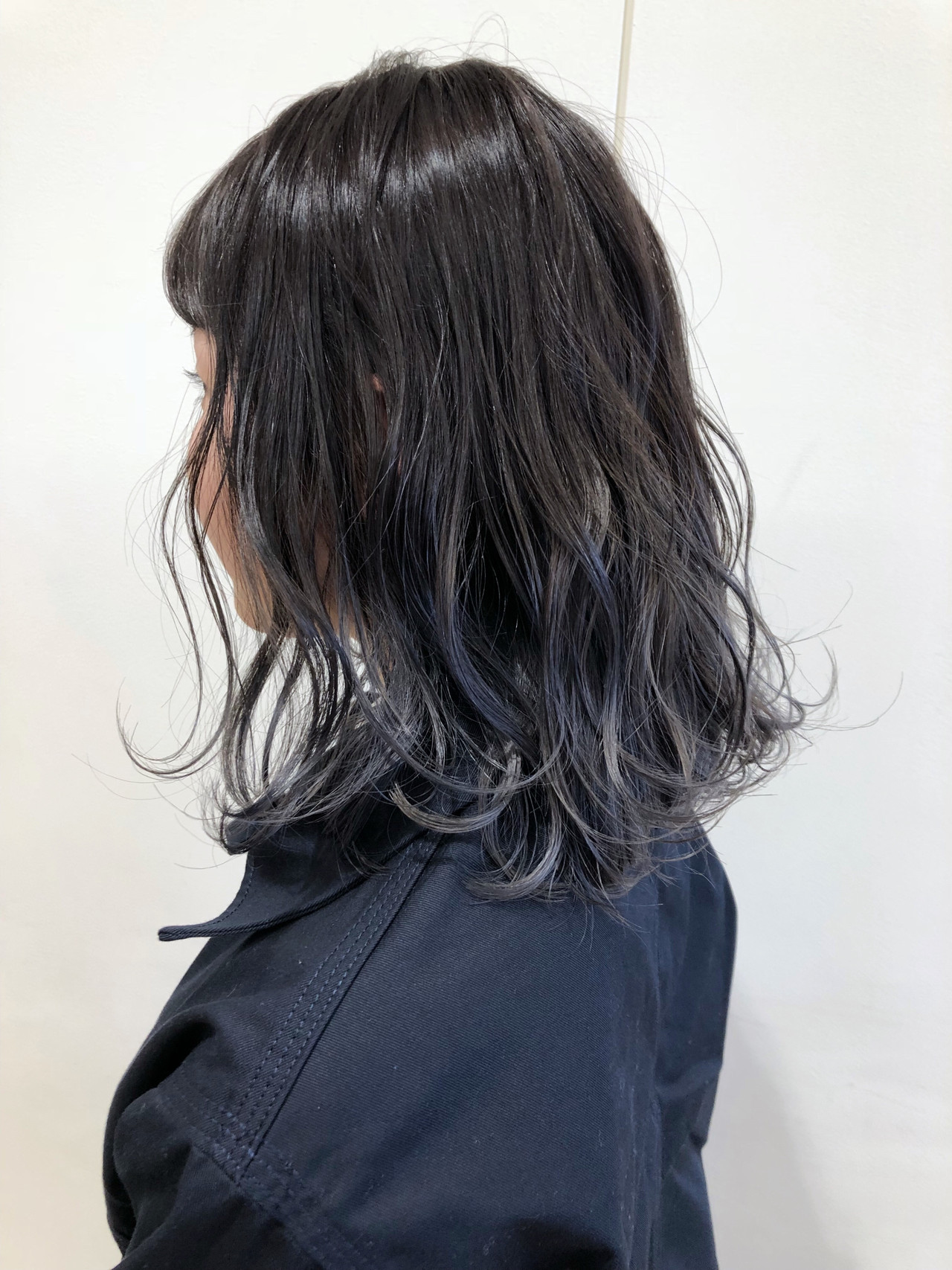 ブリーチオンカラー 透明感 ホワイトグレージュ ブリーチ ヘアスタイルや髪型の写真・画像