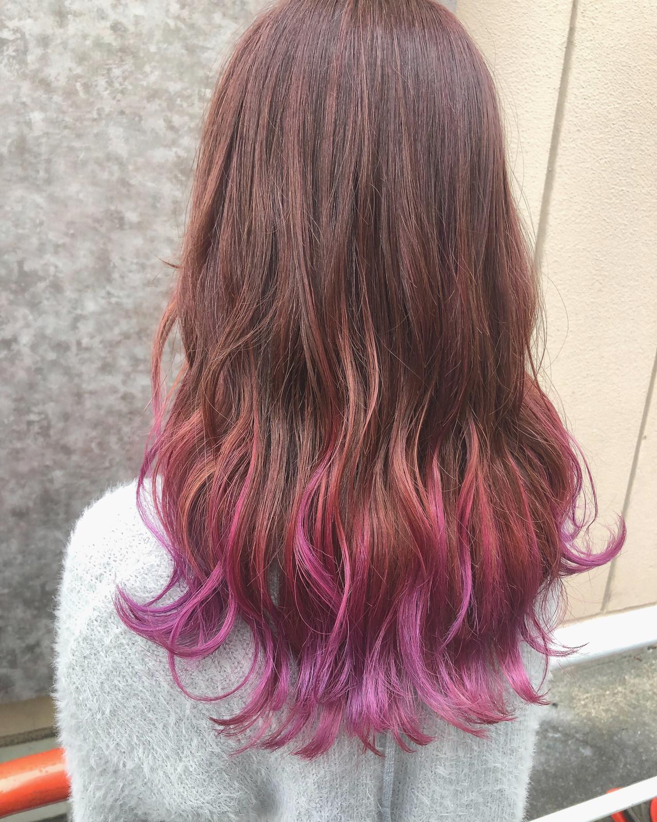 波ウェーブ ピンクアッシュ フェミニン セミロング ヘアスタイルや髪型の写真・画像
