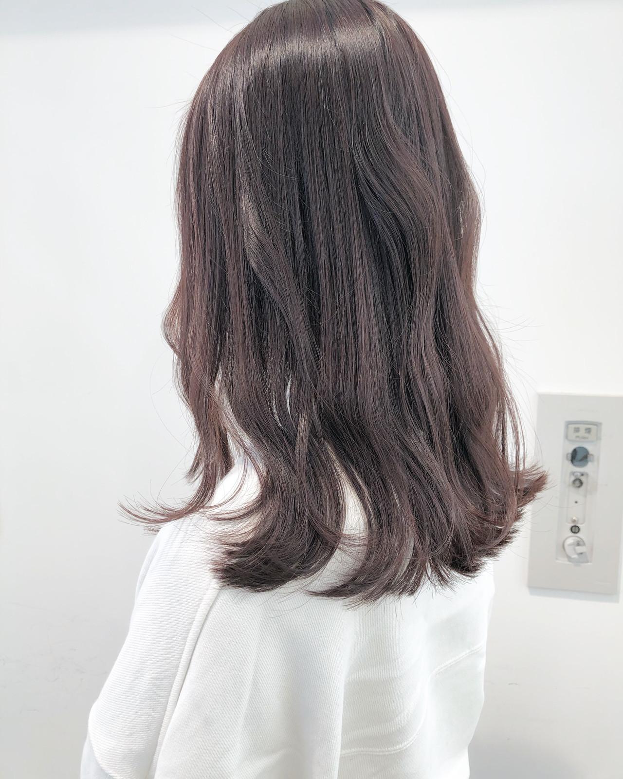 アンニュイほつれヘア ロング 透明感カラー フェミニン ヘアスタイルや髪型の写真・画像