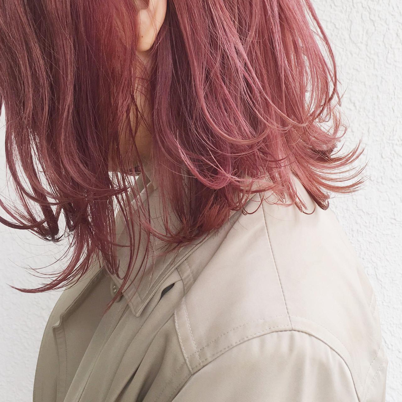 ピンクアッシュ ハイトーン 外国人風 ゆるふわ ヘアスタイルや髪型の写真・画像