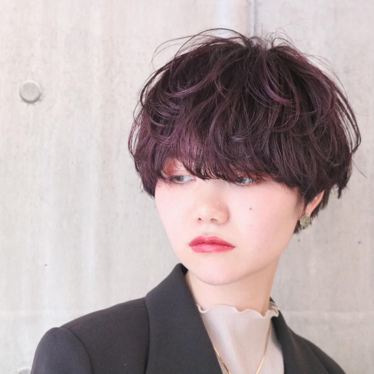 パーマ アンニュイほつれヘア ショートボブ ラベンダーピンク ヘアスタイルや髪型の写真・画像