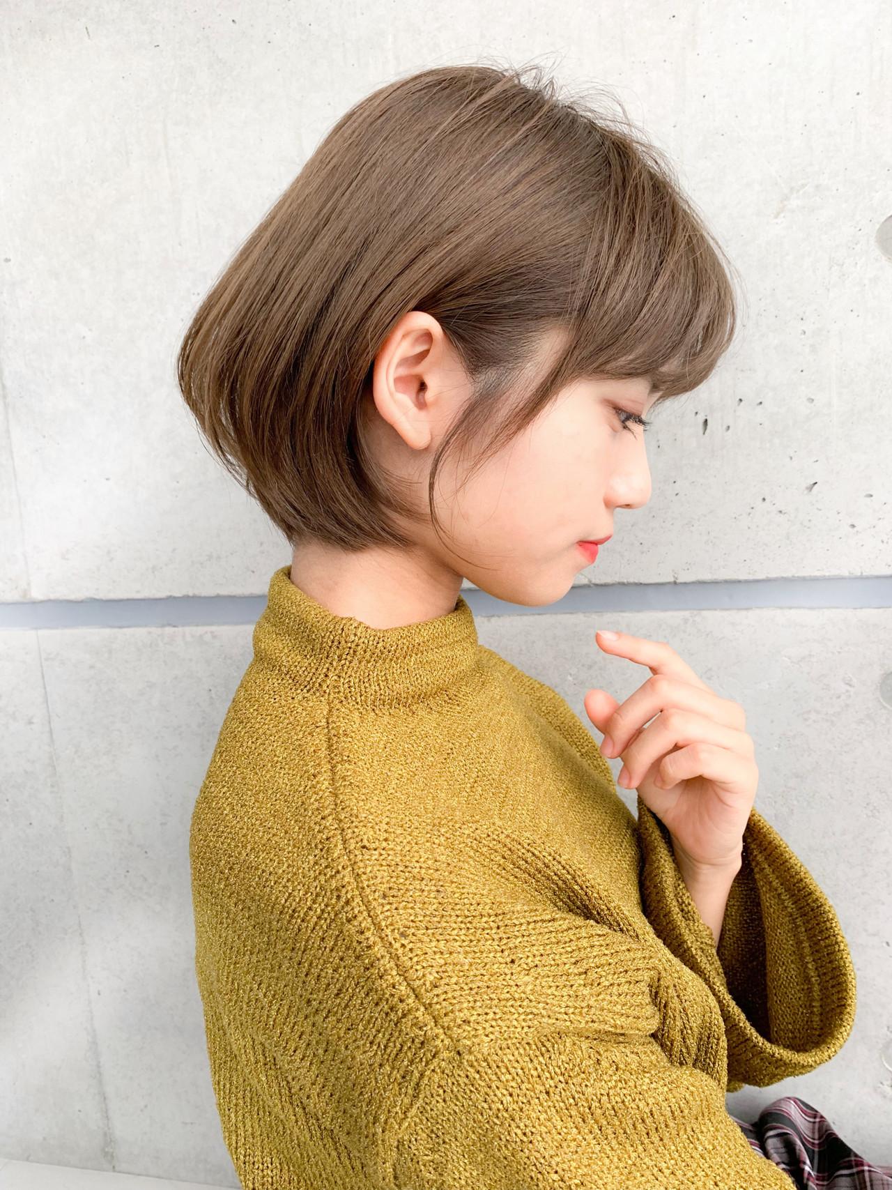 小顔ショート アンニュイほつれヘア アウトドア ボブ ヘアスタイルや髪型の写真・画像