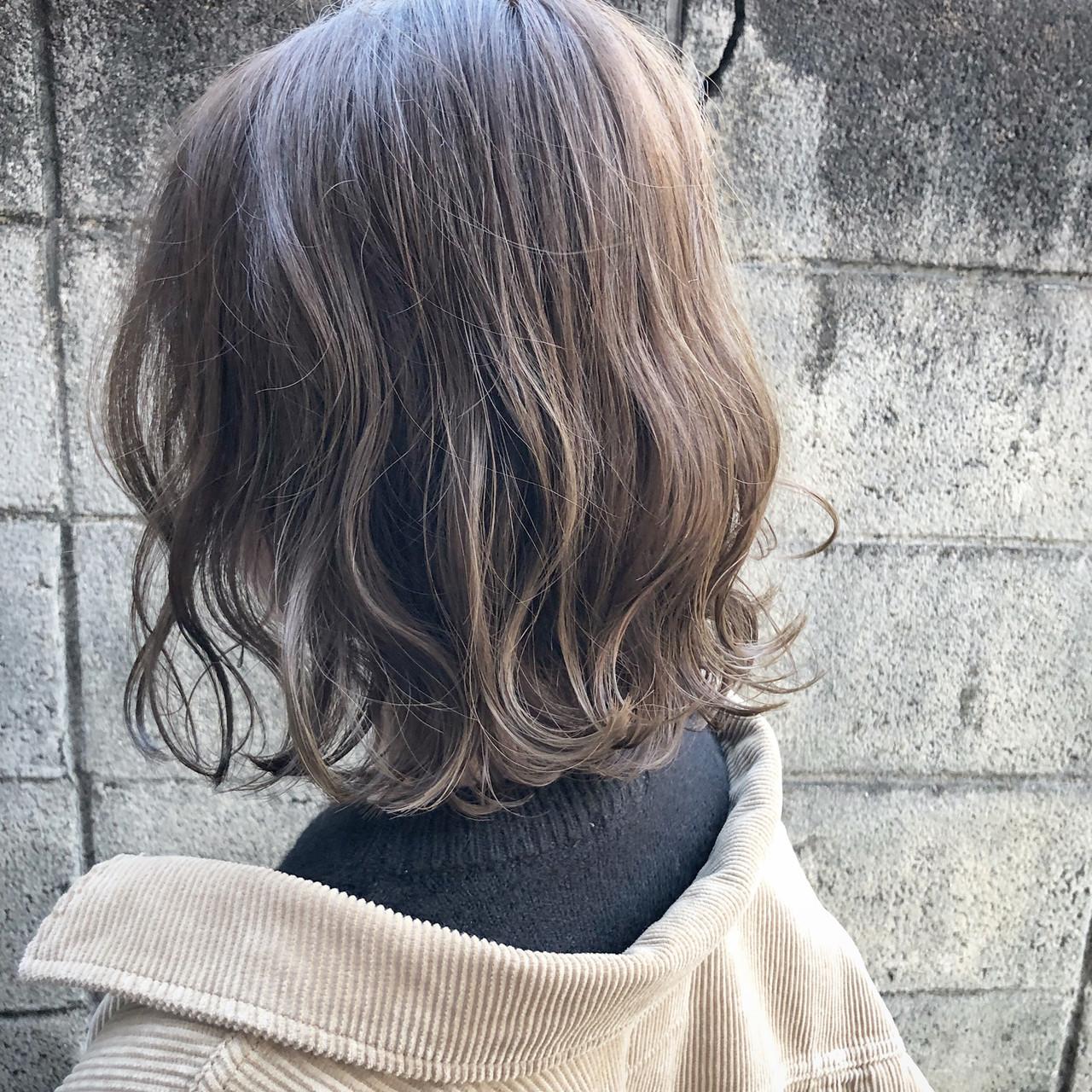 外国人風 ボブ アンニュイほつれヘア 切りっぱなし ヘアスタイルや髪型の写真・画像