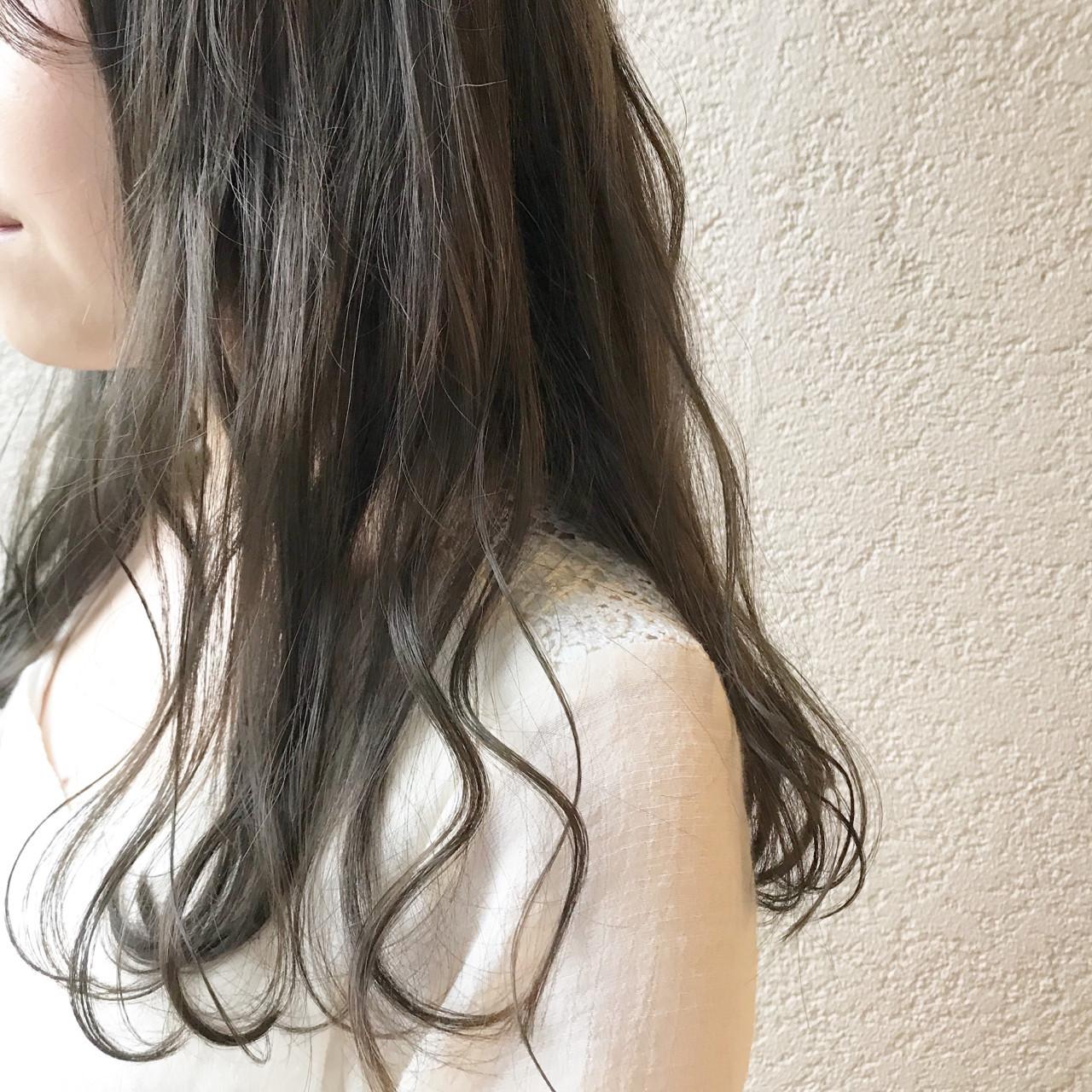 ロング ミント 透明感 ナチュラル ヘアスタイルや髪型の写真・画像