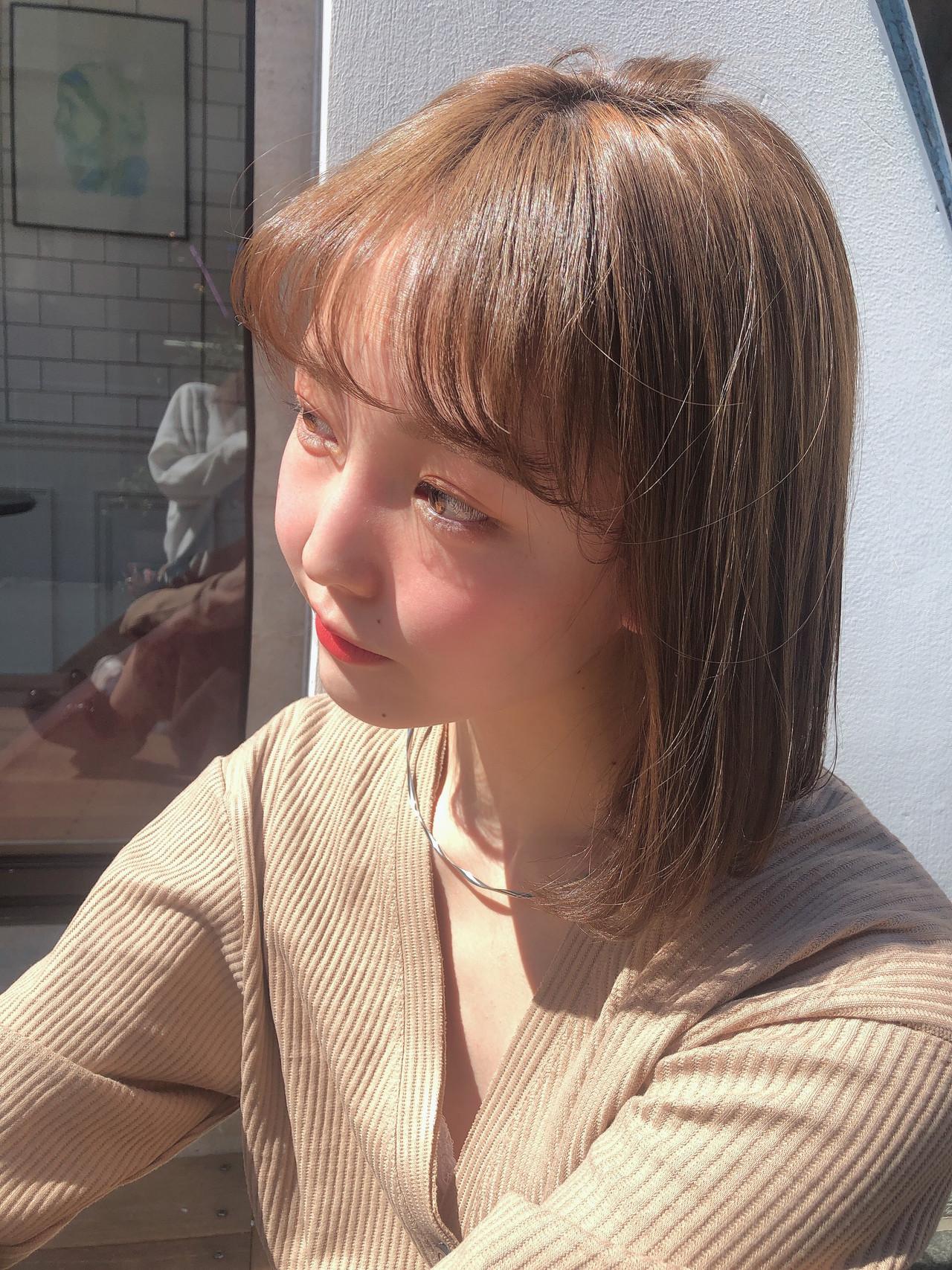 韓国ヘア フェミニン ヘアアレンジ ミルクティーベージュ ヘアスタイルや髪型の写真・画像