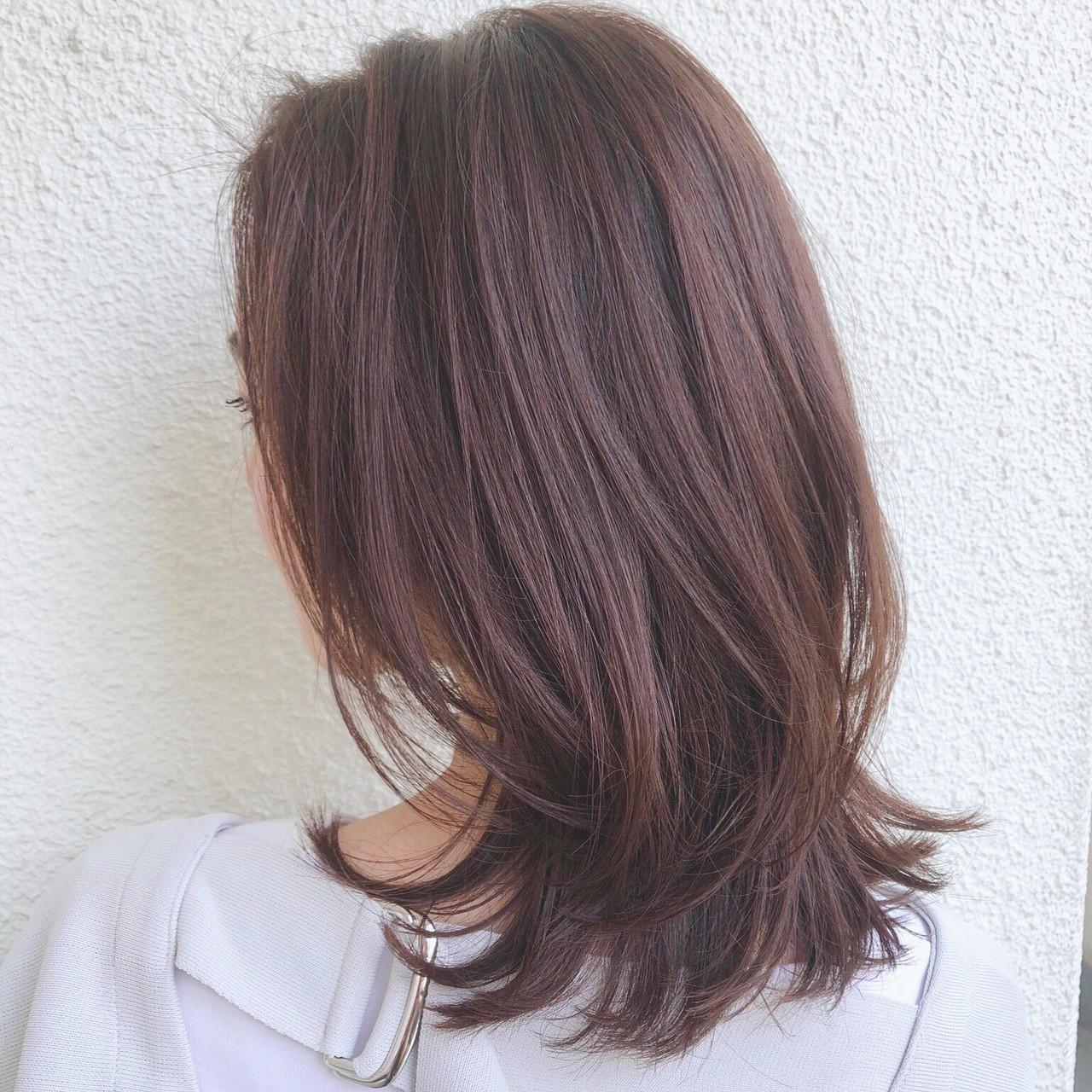 ミディアム 大人かわいい アウトドア アンニュイほつれヘア ヘアスタイルや髪型の写真・画像