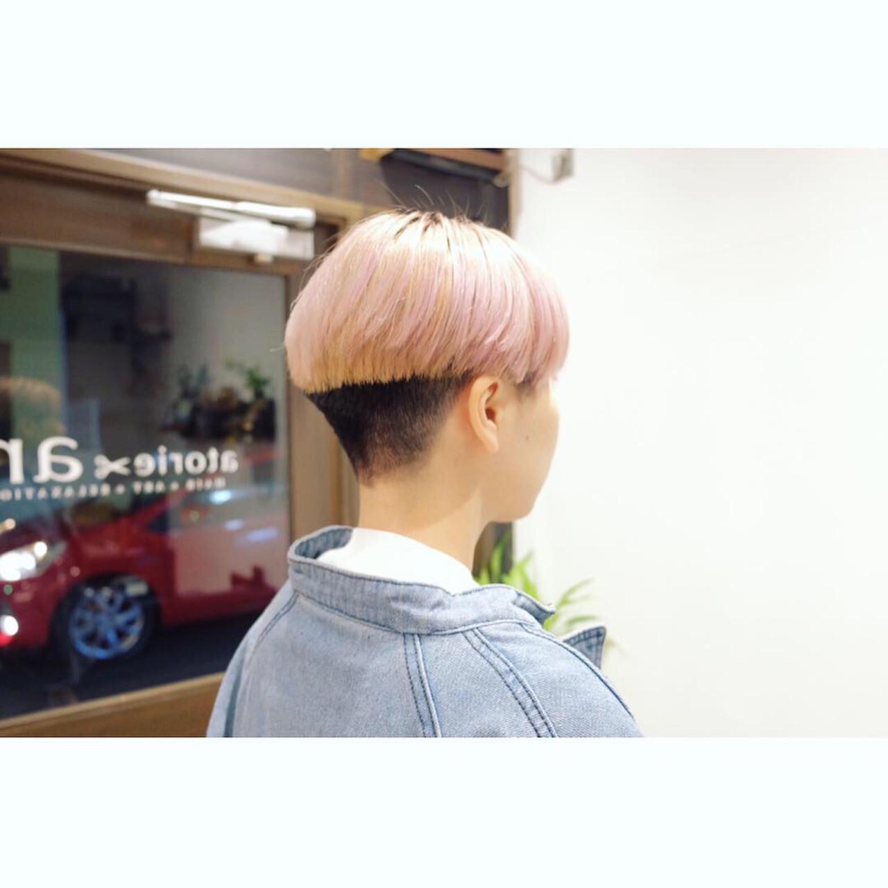 刈り上げショート ハイトーンカラー 刈り上げ女子 ストリート ヘアスタイルや髪型の写真・画像