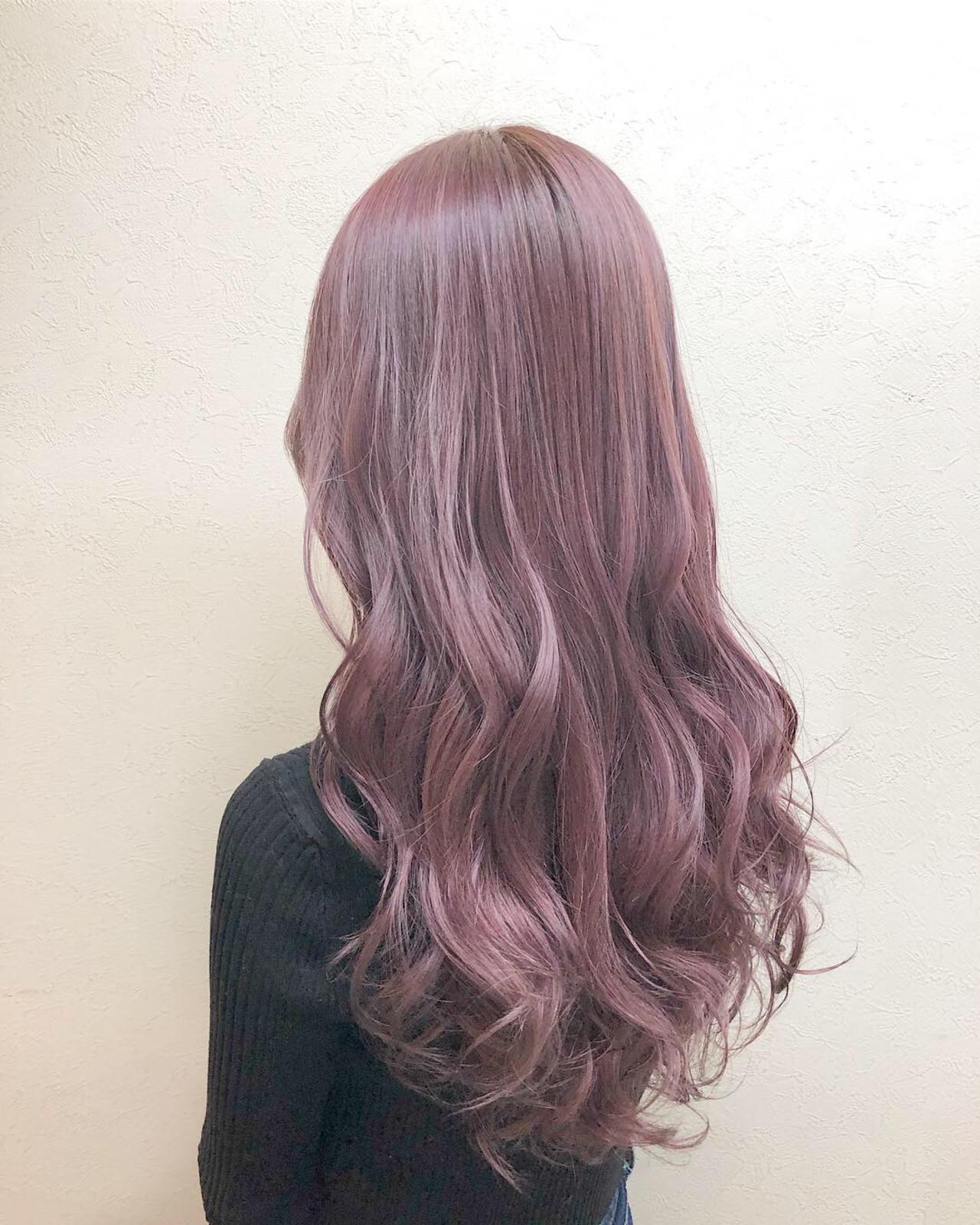 ピンクバイオレットのツヤ髪ロング ヤマグチ ヒカル