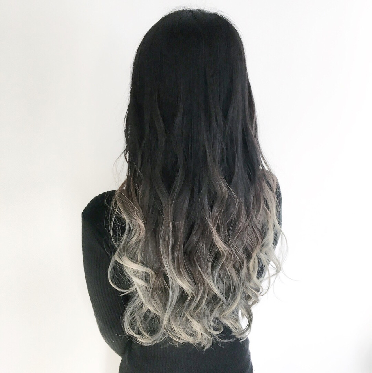 黒髪 ロング エレガント グラデーションカラー ヘアスタイルや髪型の写真・画像