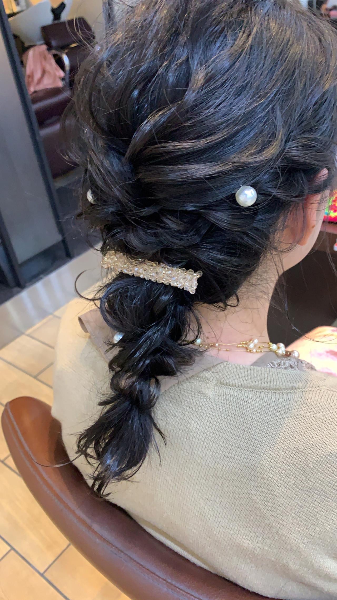 簡単ヘアアレンジ セミロング フェミニン アンニュイほつれヘア ヘアスタイルや髪型の写真・画像