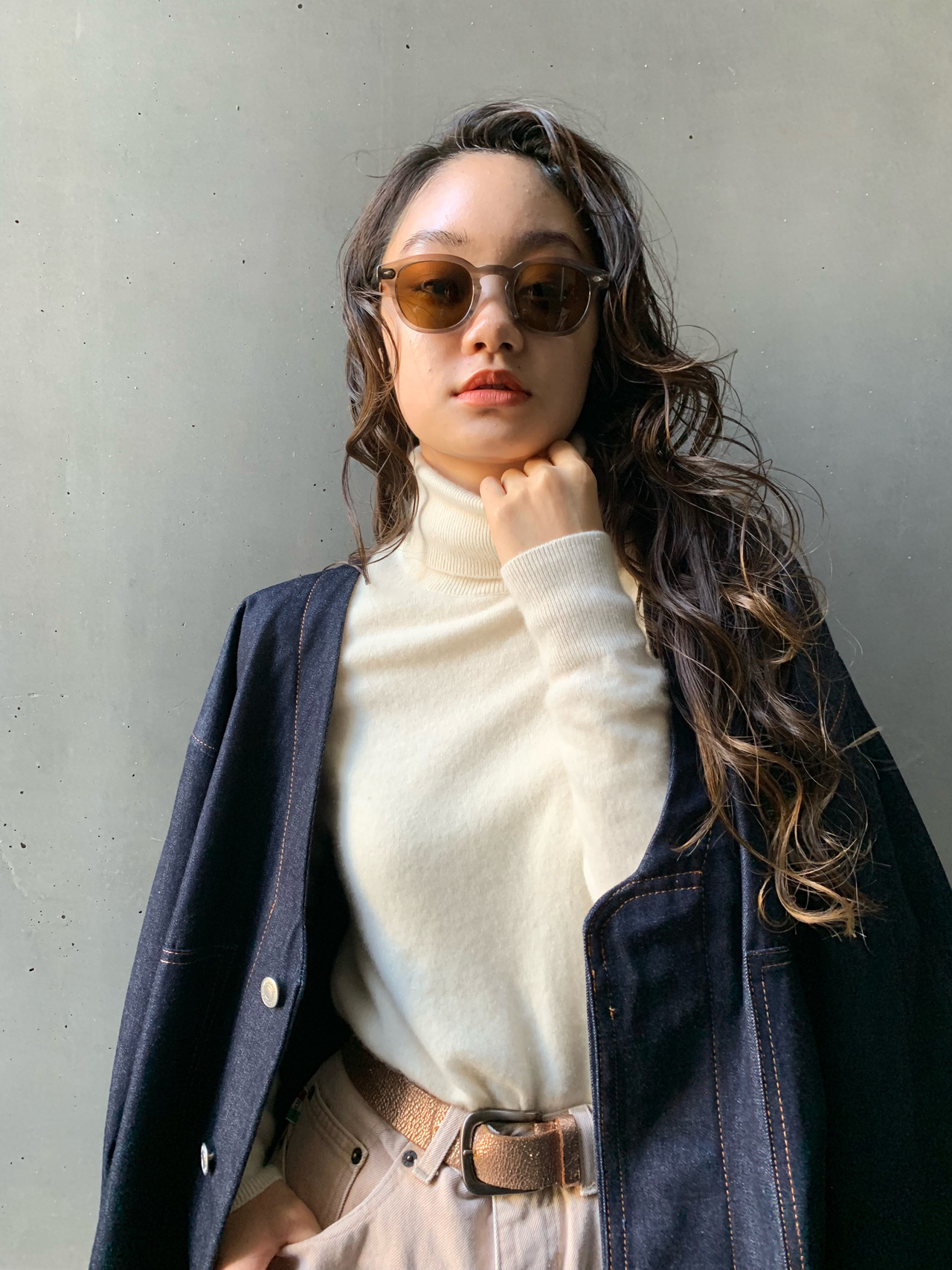 アンニュイほつれヘア ヘアアレンジ モード ロング ヘアスタイルや髪型の写真・画像