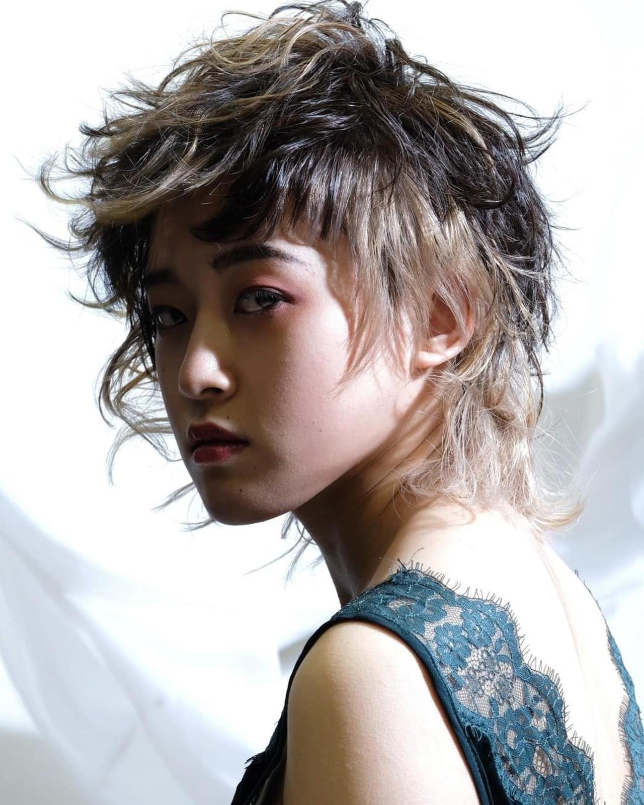 ハンサムショート 阿藤俊也 PEEK-A-BOO ウルフカット ヘアスタイルや髪型の写真・画像