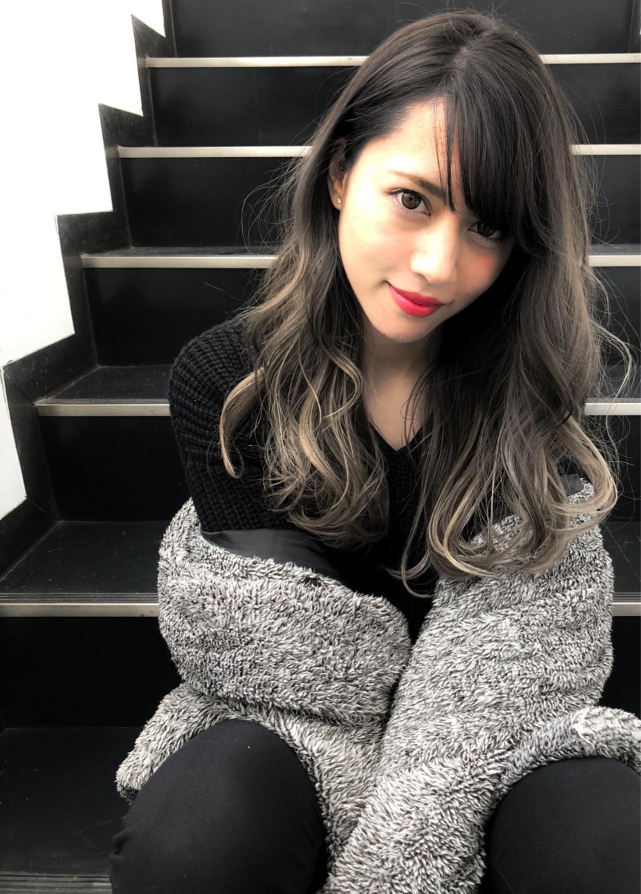 暗髪 ロング 外国人風 ハイライト ヘアスタイルや髪型の写真・画像