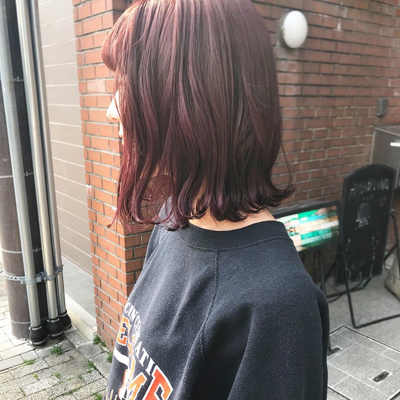 ほんのりピンクがかわいい♡ミディアムヘア 難波大和